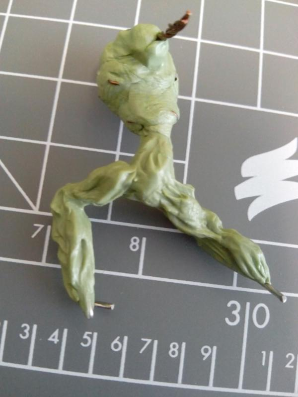 Sculpting Grotesques - Young Haemonculus needing fleshwork tips! 691857_sm-Grotesque