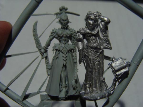 Reaper Miniatures & GW kit bashing? 730696_sm-