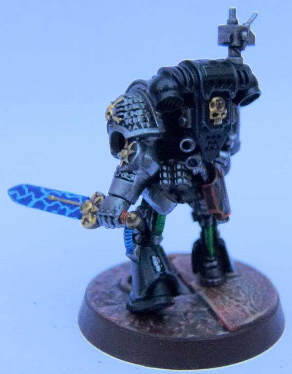 845669_sm-Iron%20Hands%20Deathwatch%20Re