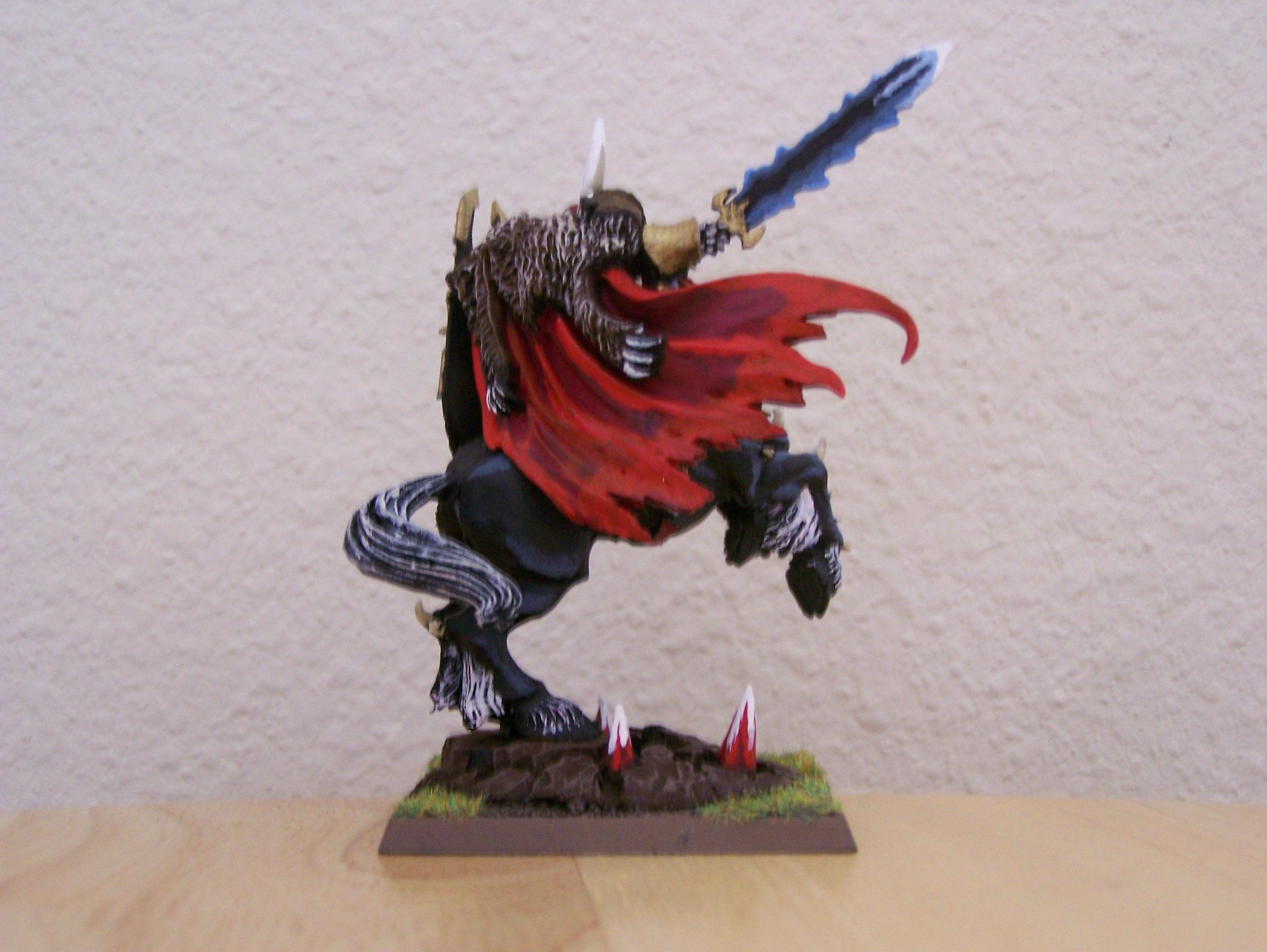 Cape, Horse, Sword, Here is my Skaven Giant