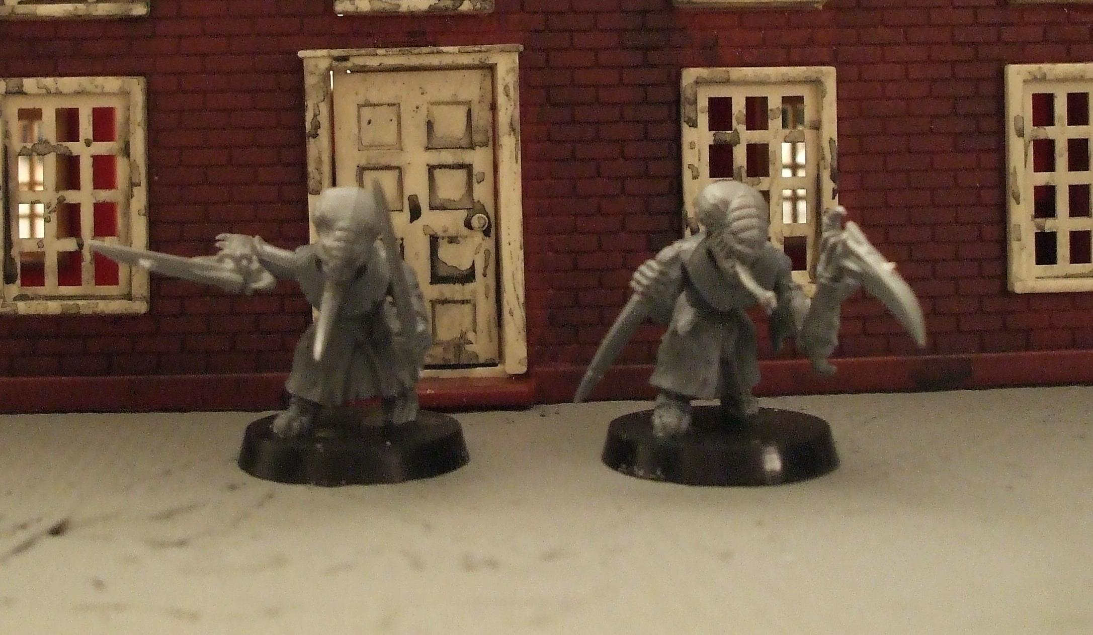 stealer heads on monk bodies with spare claws