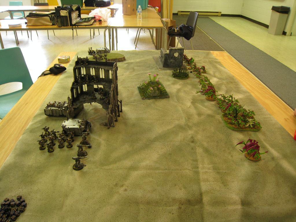 Battle, Battle Report, Game Table, Terrain, Tyranids