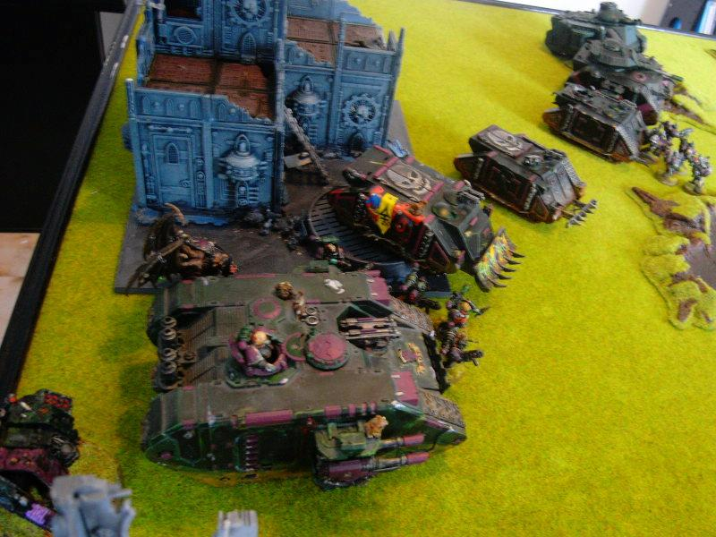 Battle Report, chaos mostly inside their tanks