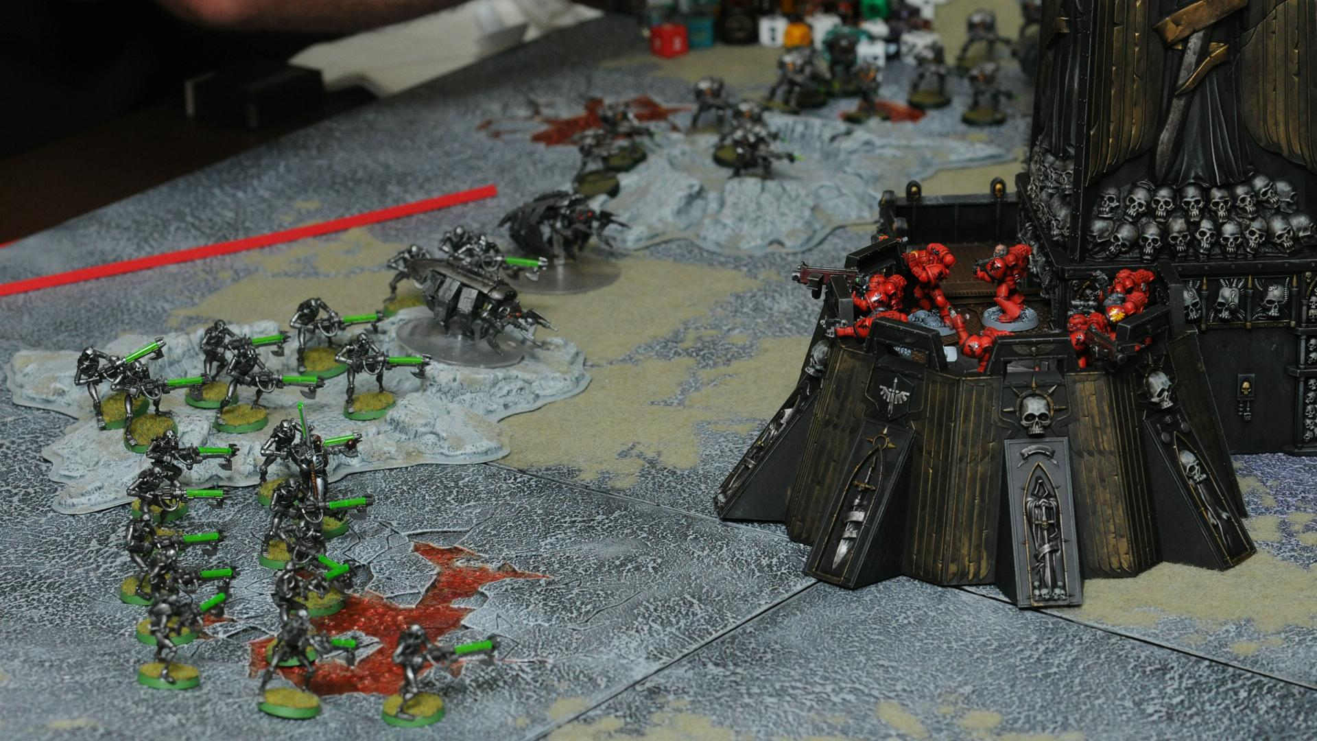 Game Table, Necrons, Space Marines