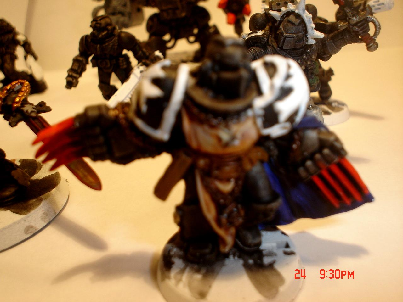 Black Templars, Blurred Photo, Lightning Claws