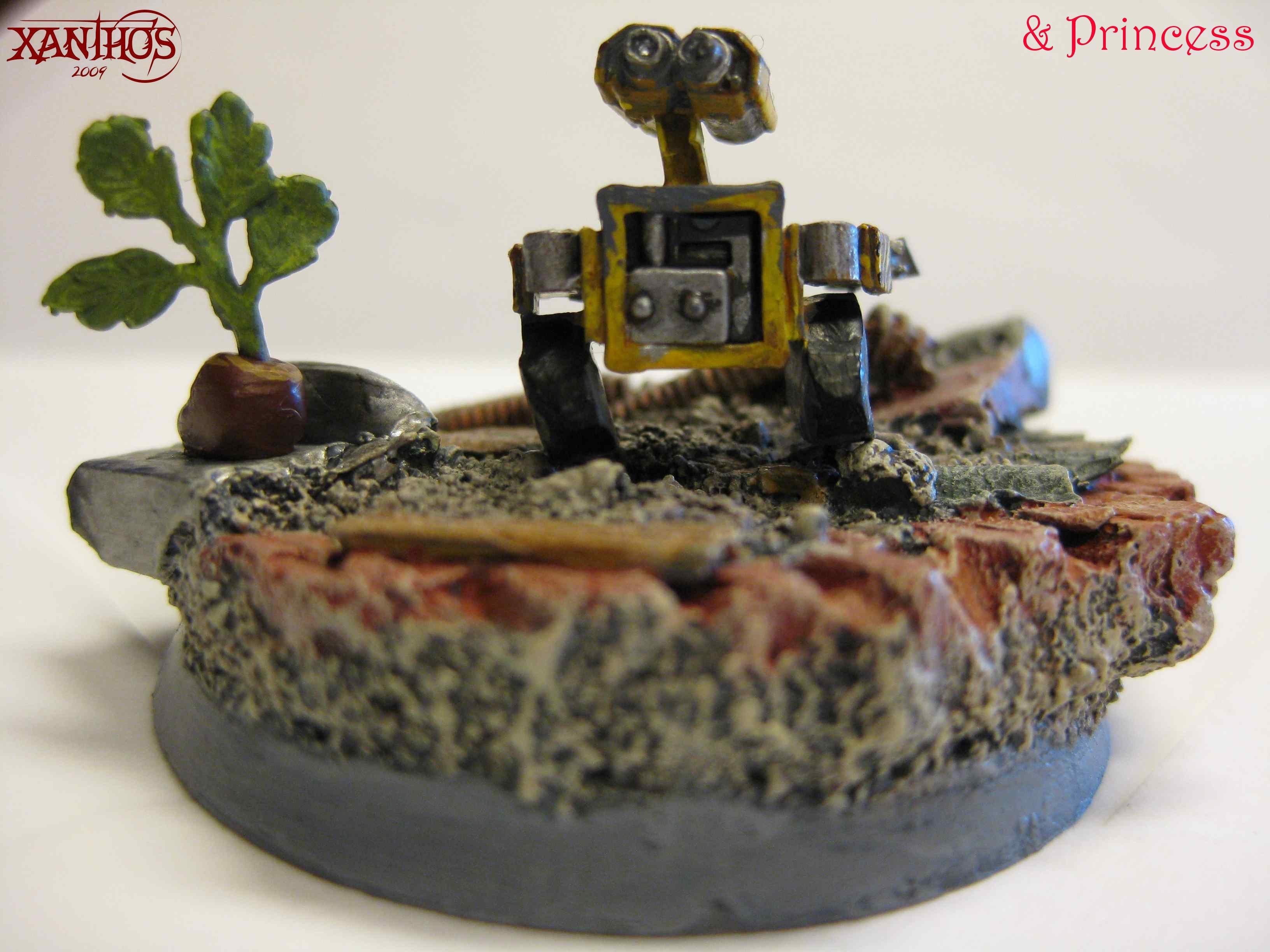 Robot, Scenisc Base, Scratch Build, Wall-e