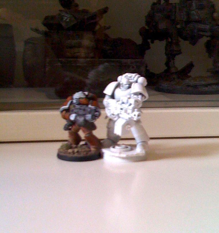 Blurred Photo, Space Marines, True-scale