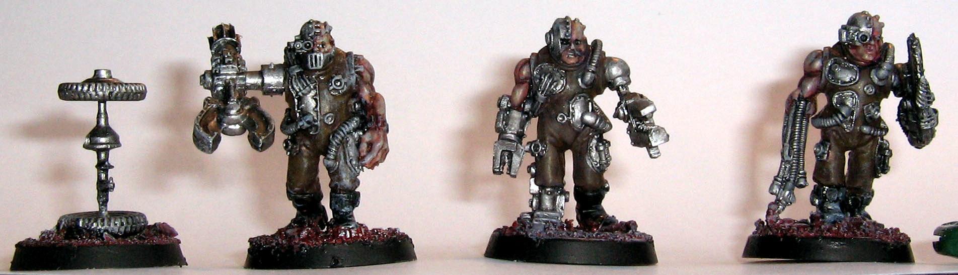 Adeptus Mechanicus, Servitors, Space Marines