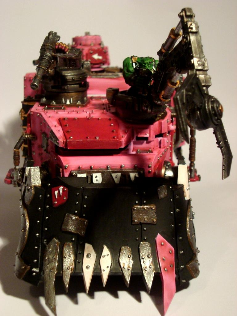 Battlewagon, Angus's Glory Stompers