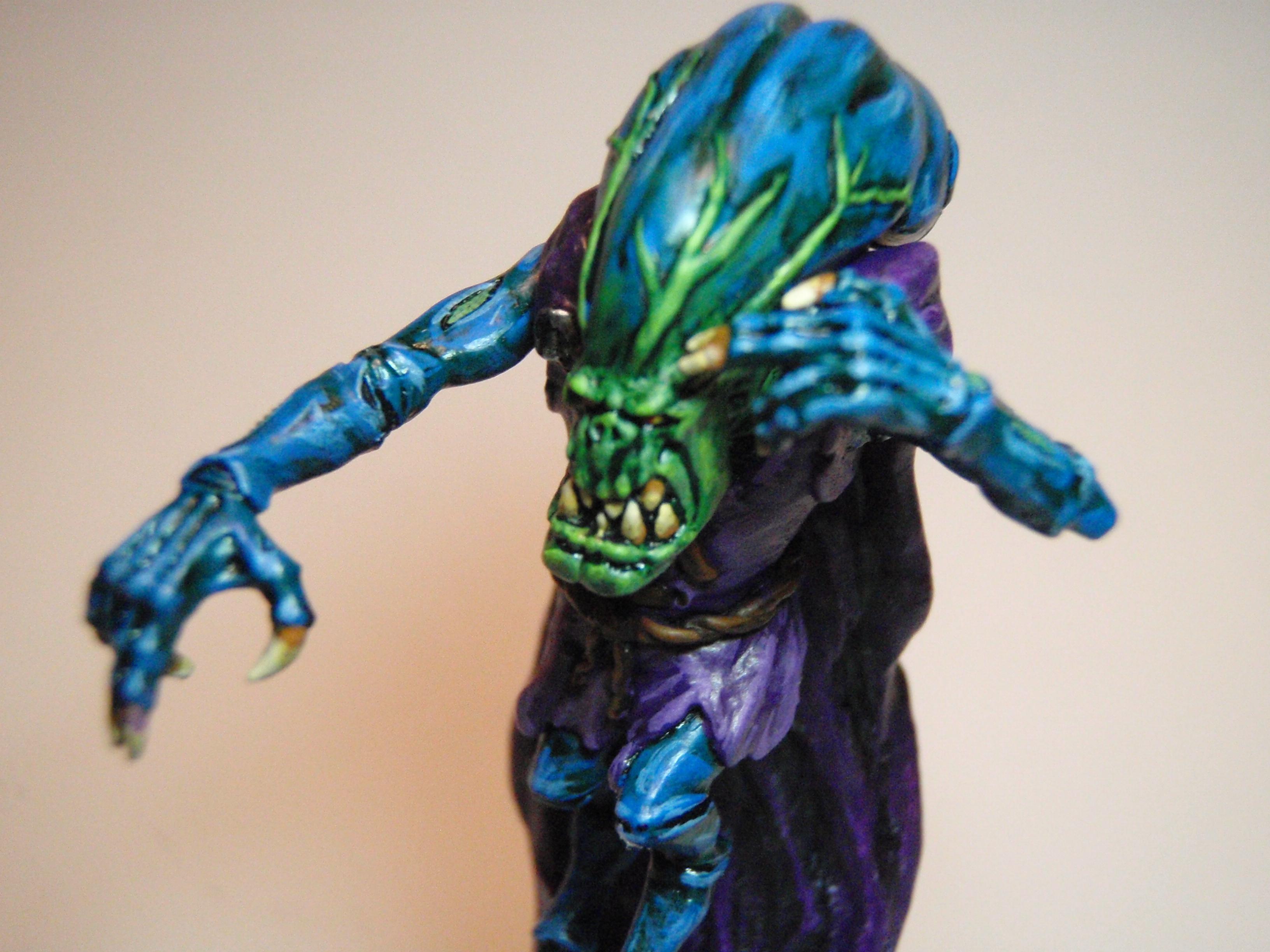 Warhammer 40,000, Blurry close-up of Weird Bug's head