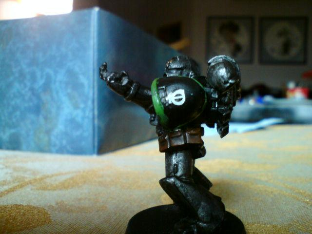 give thy enemy the fabled one-finger salute!