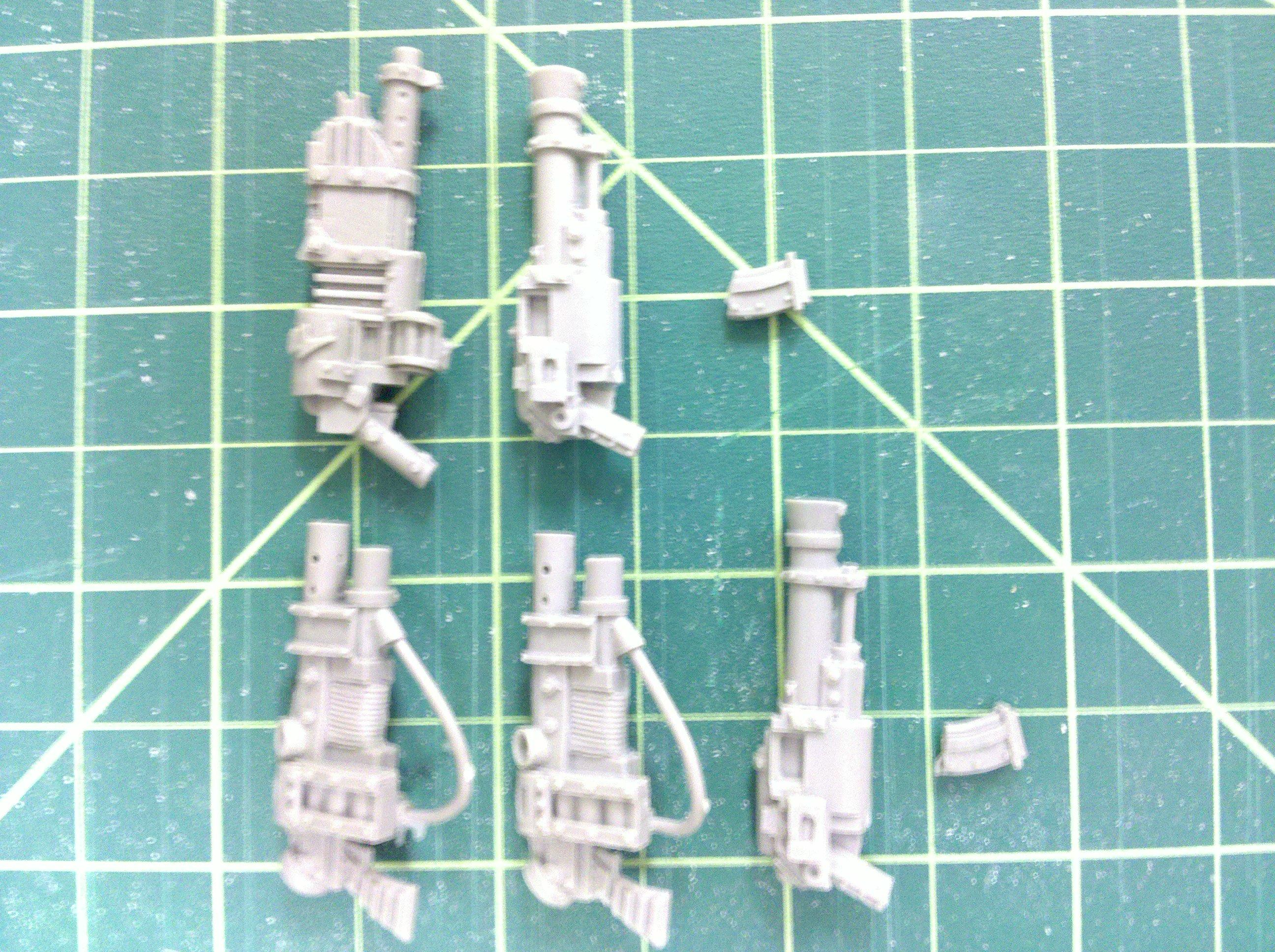 First pack: Heavy Post Apocalypse guns from Maxmini