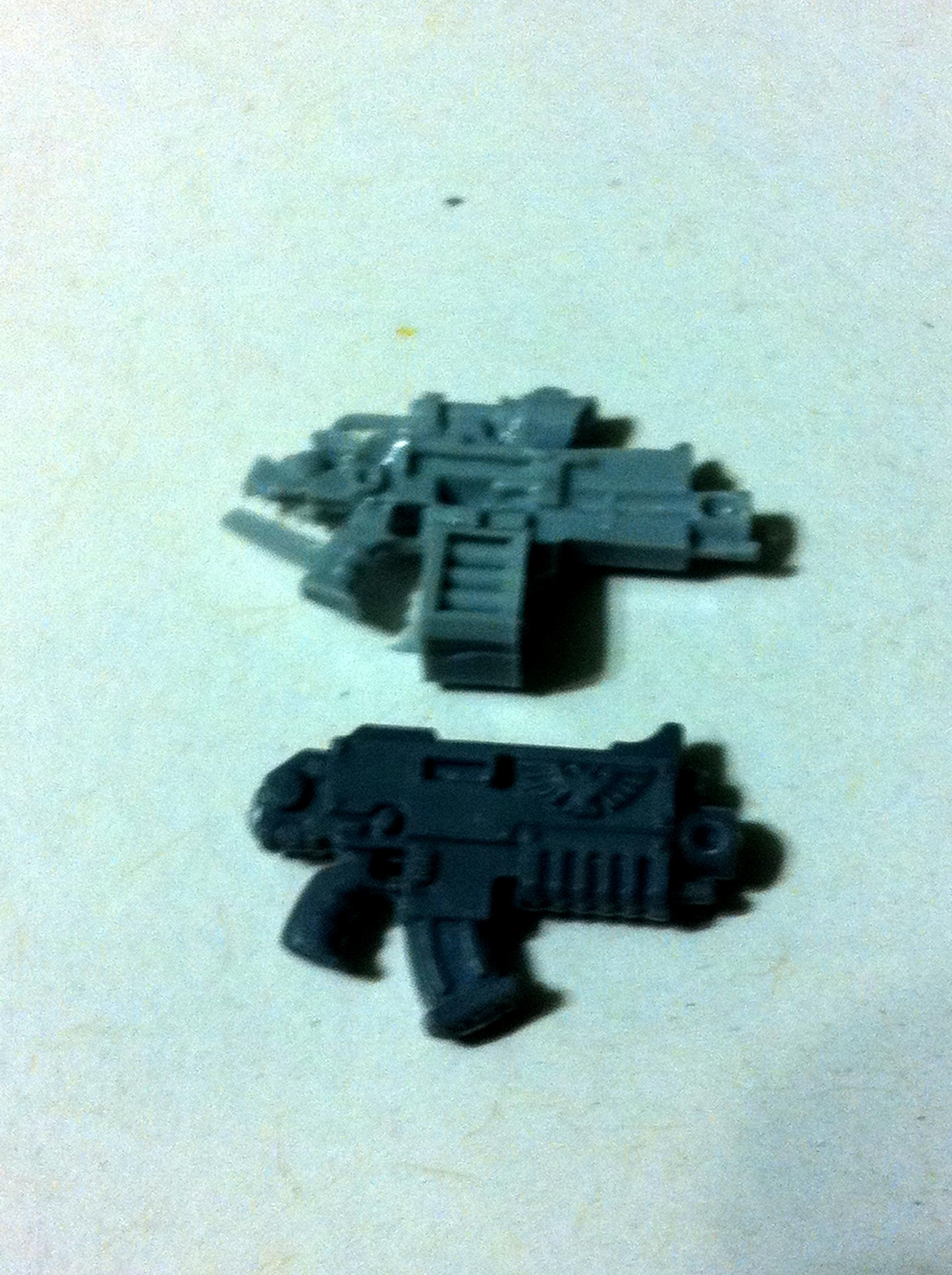 umbra ferrox /standard bolter comparison