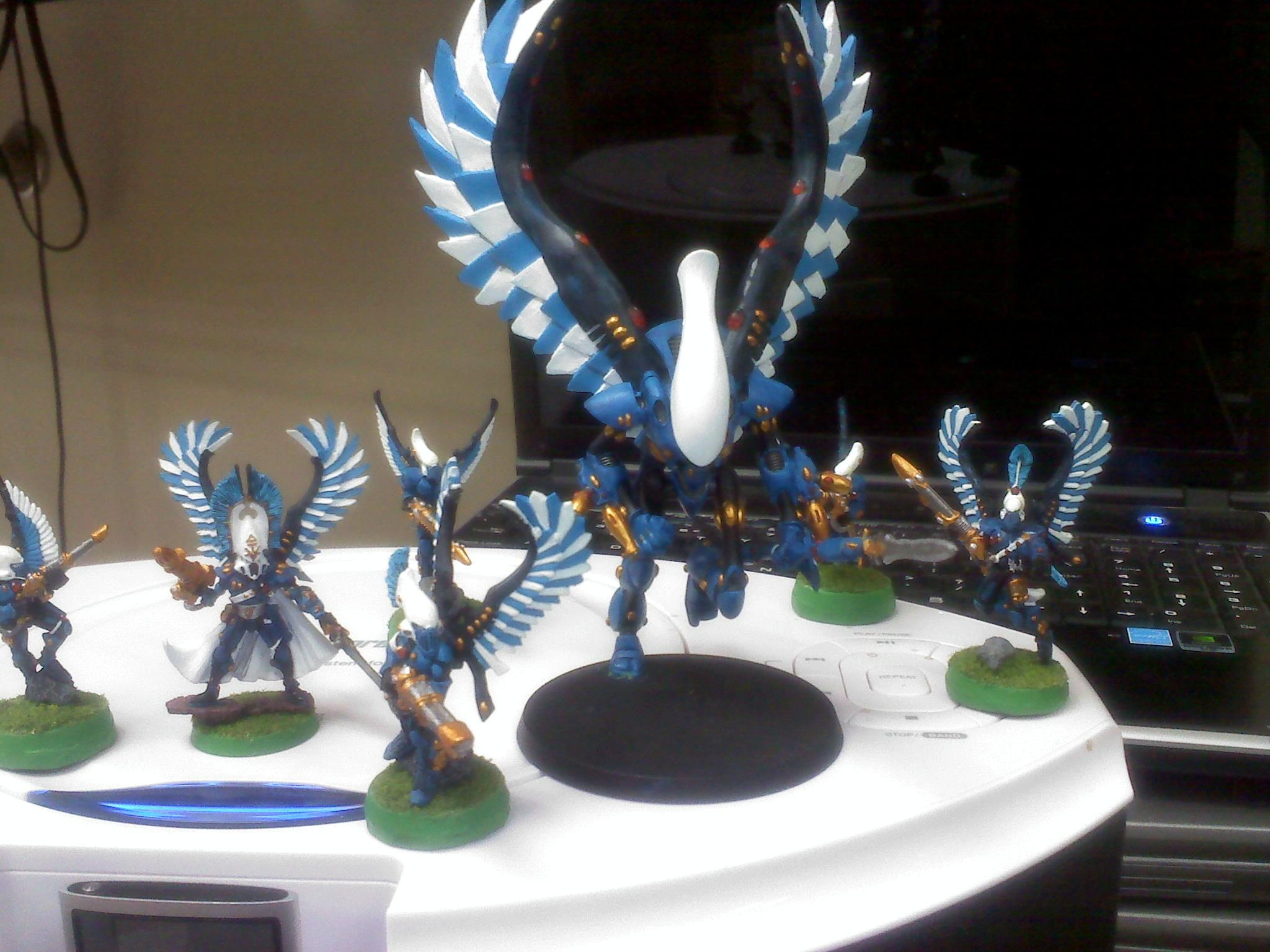 Wraithhawk with Hawks