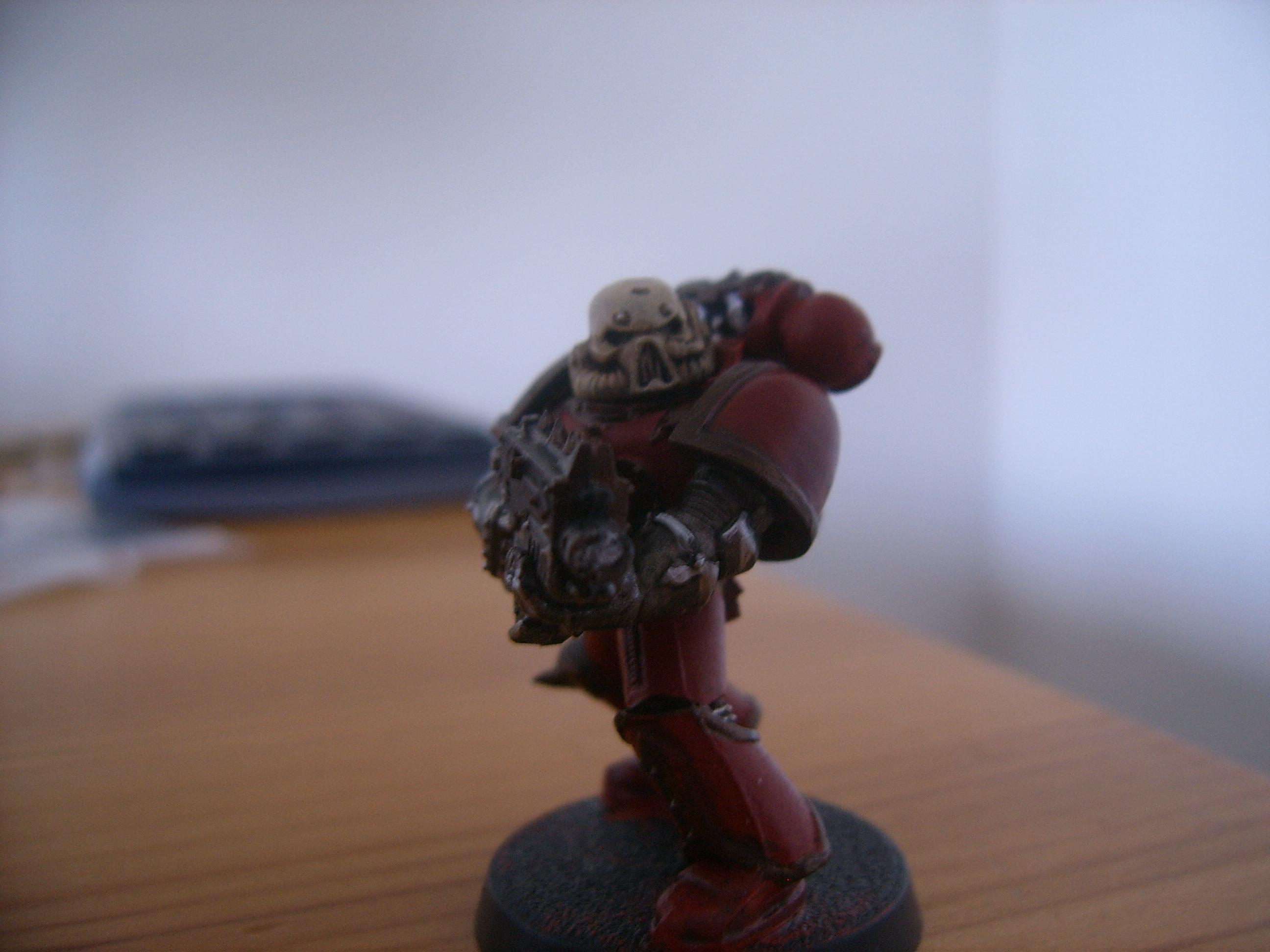 Chaos Space Marines, Squad One:Boltgun