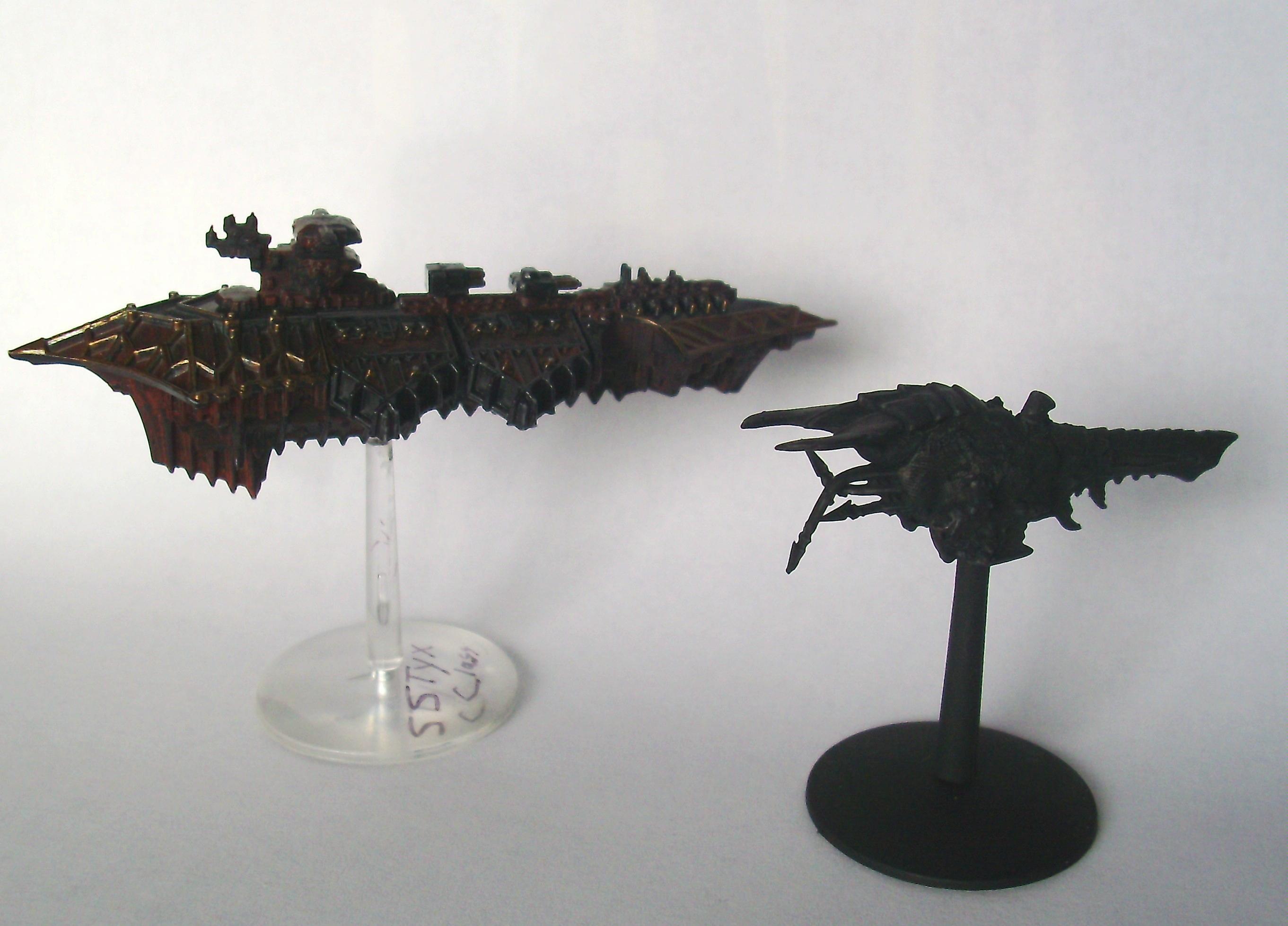 Battlefleet Gothic, Kraken to Chaos Cruiser Comparison Compilation!
