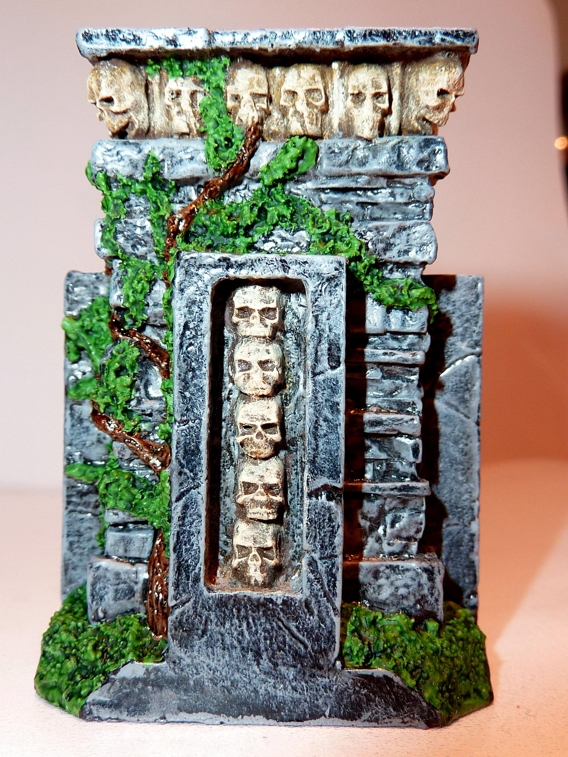Fowrge World, Plinth Of Skulls, Terrain
