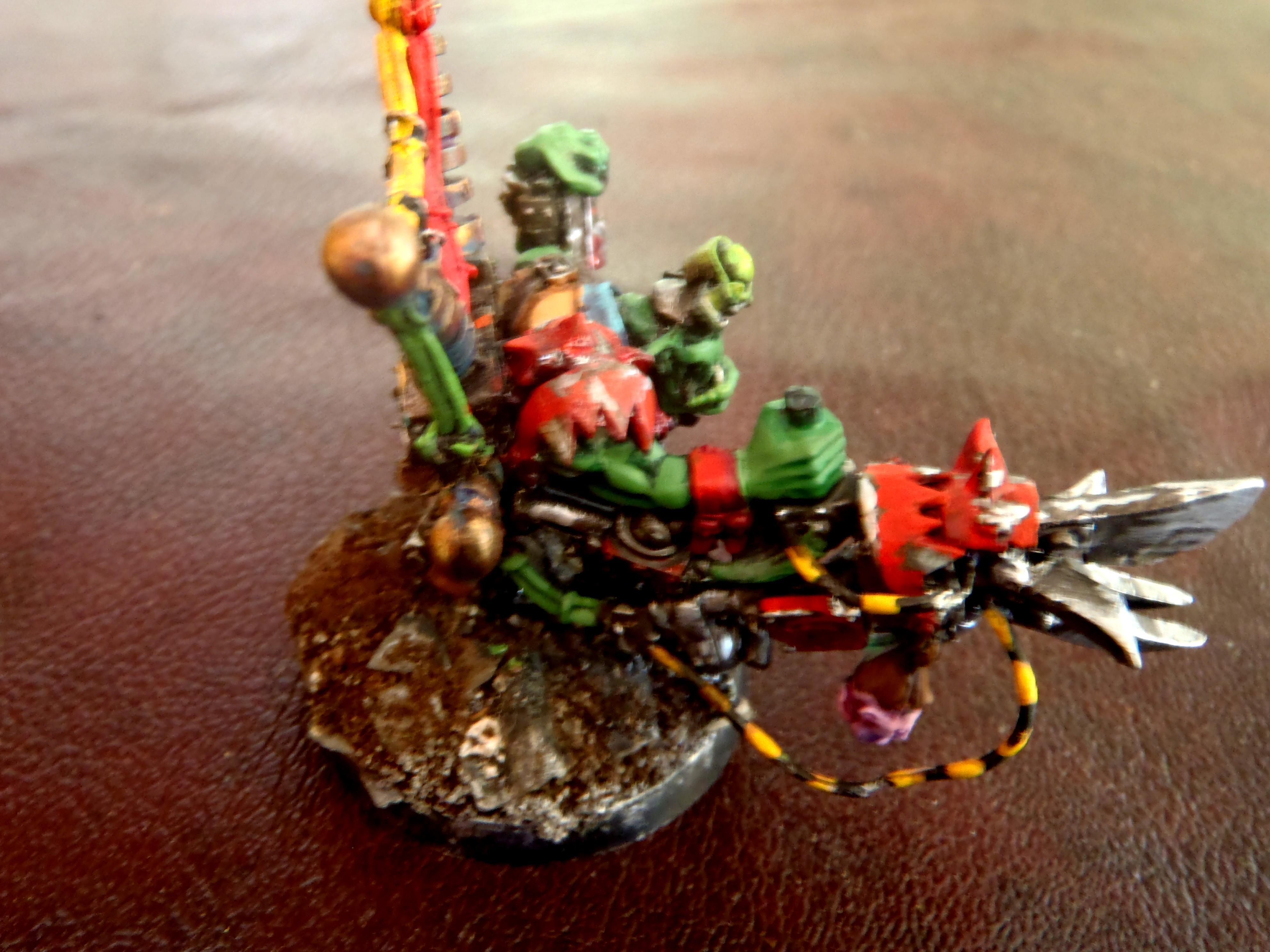 Mekboy, Orks, side view