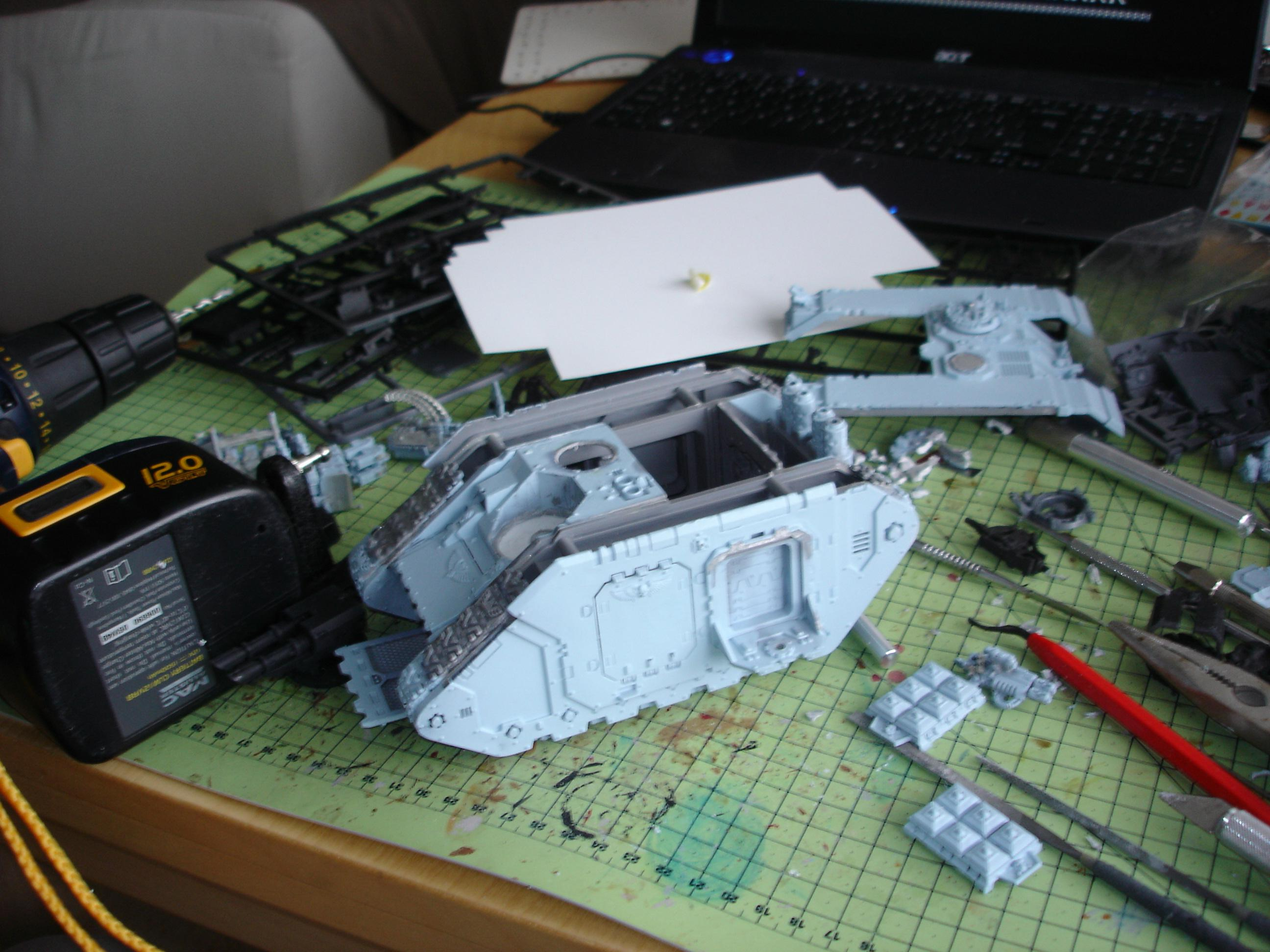 Scrap Landraider being rebuilt