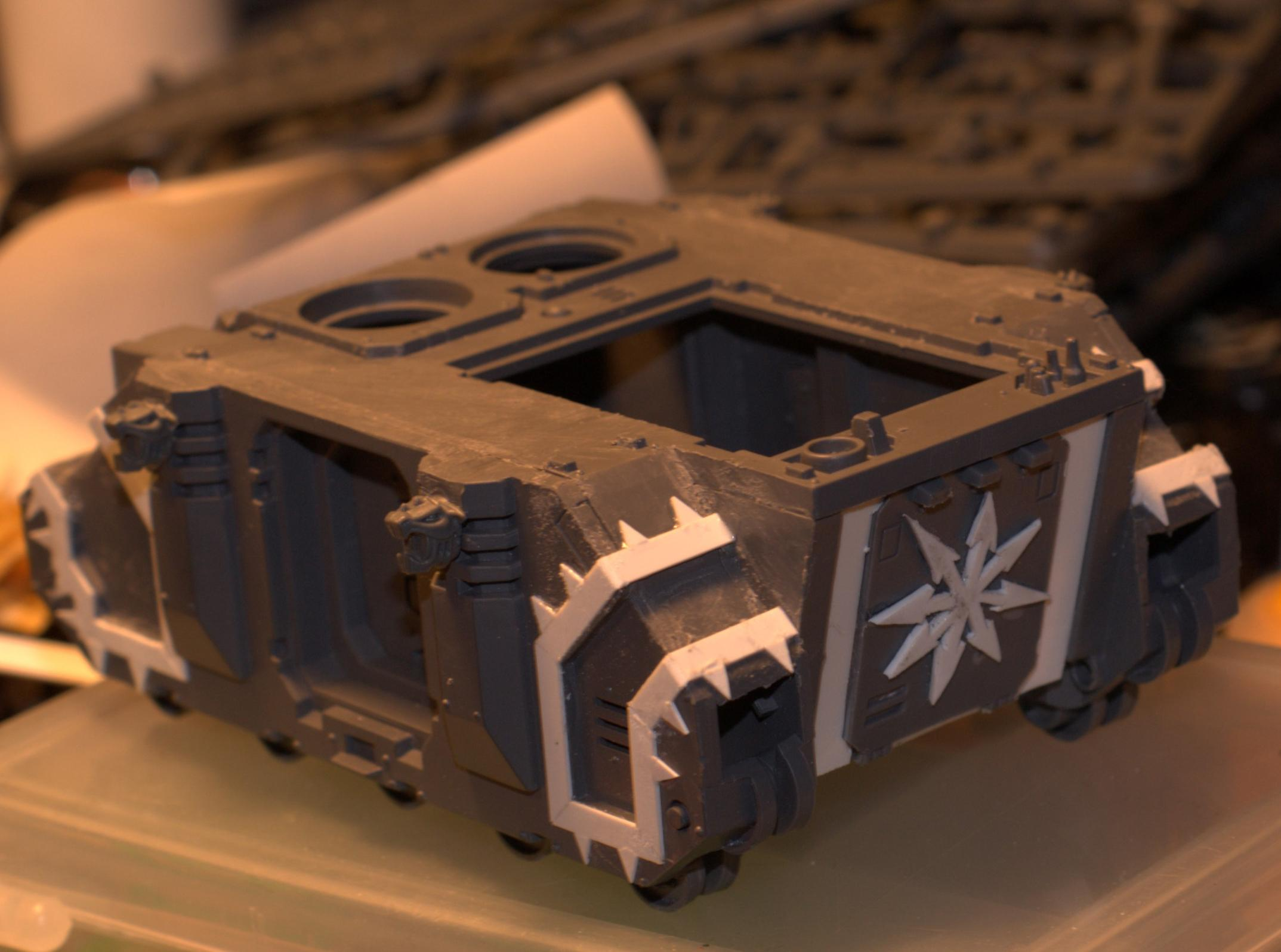 Iron Warriors Predator - modifed hull back