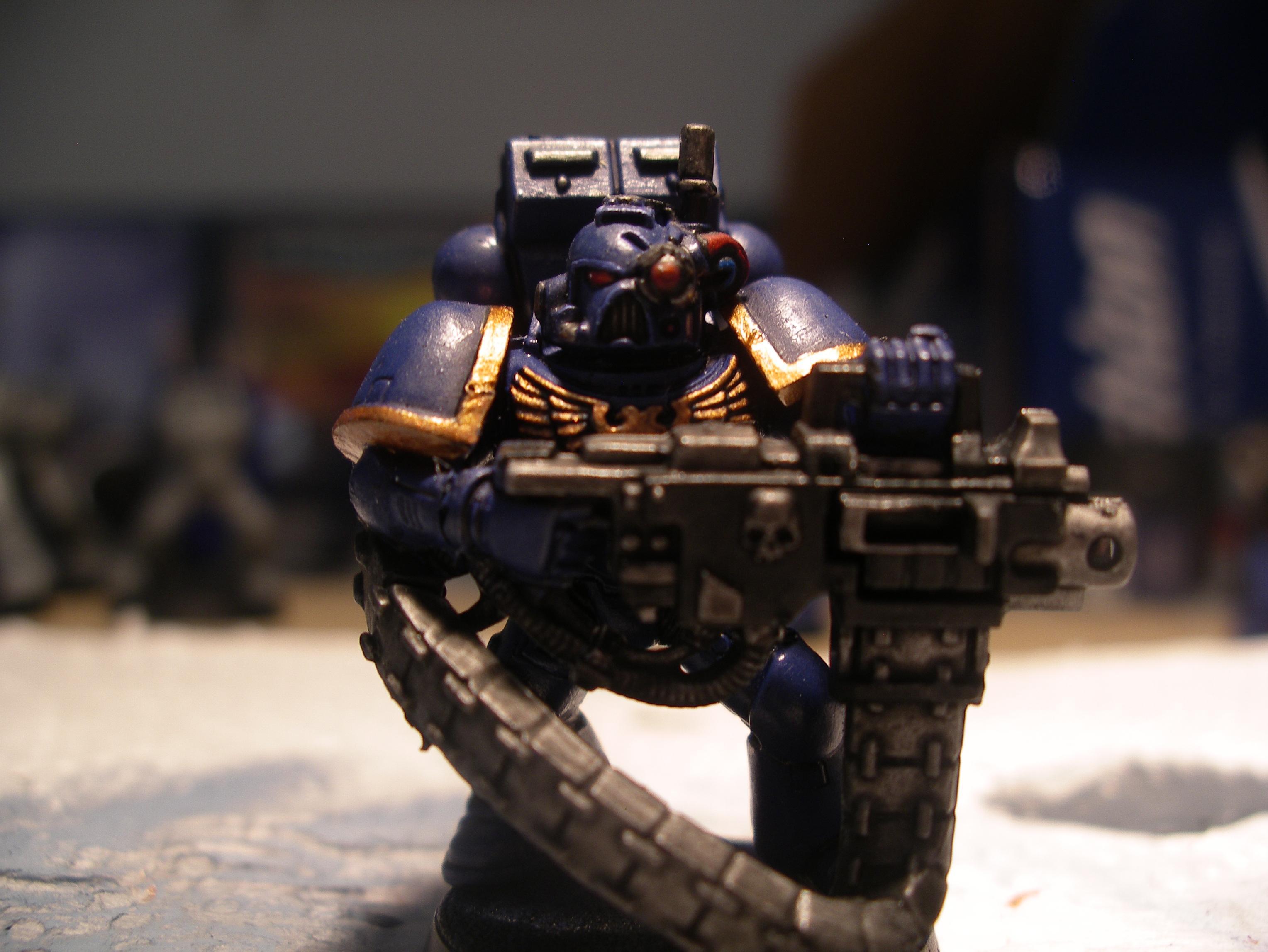 Heavy Bolter Marine #1