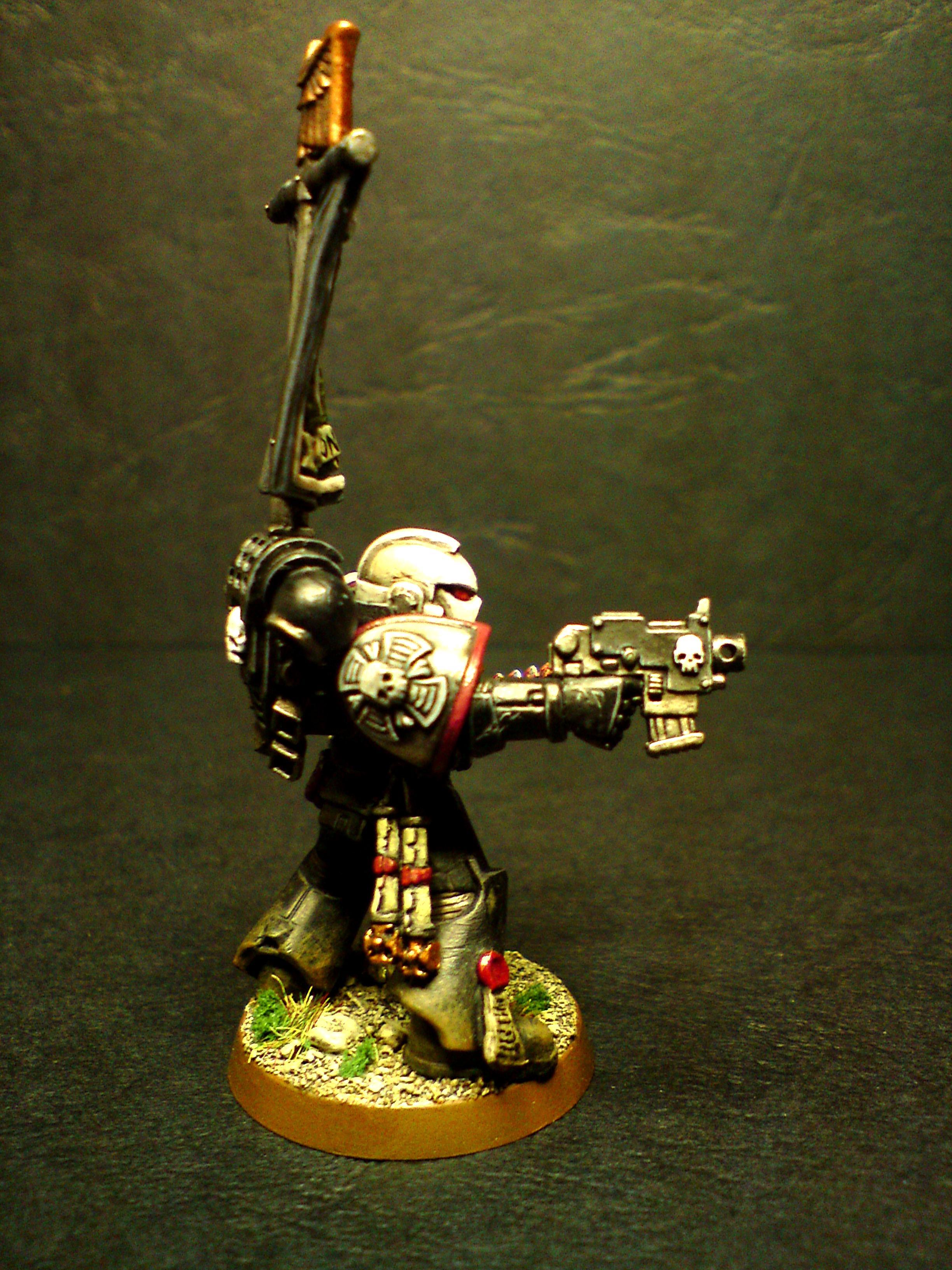 Black Templars Sergeant (right side)