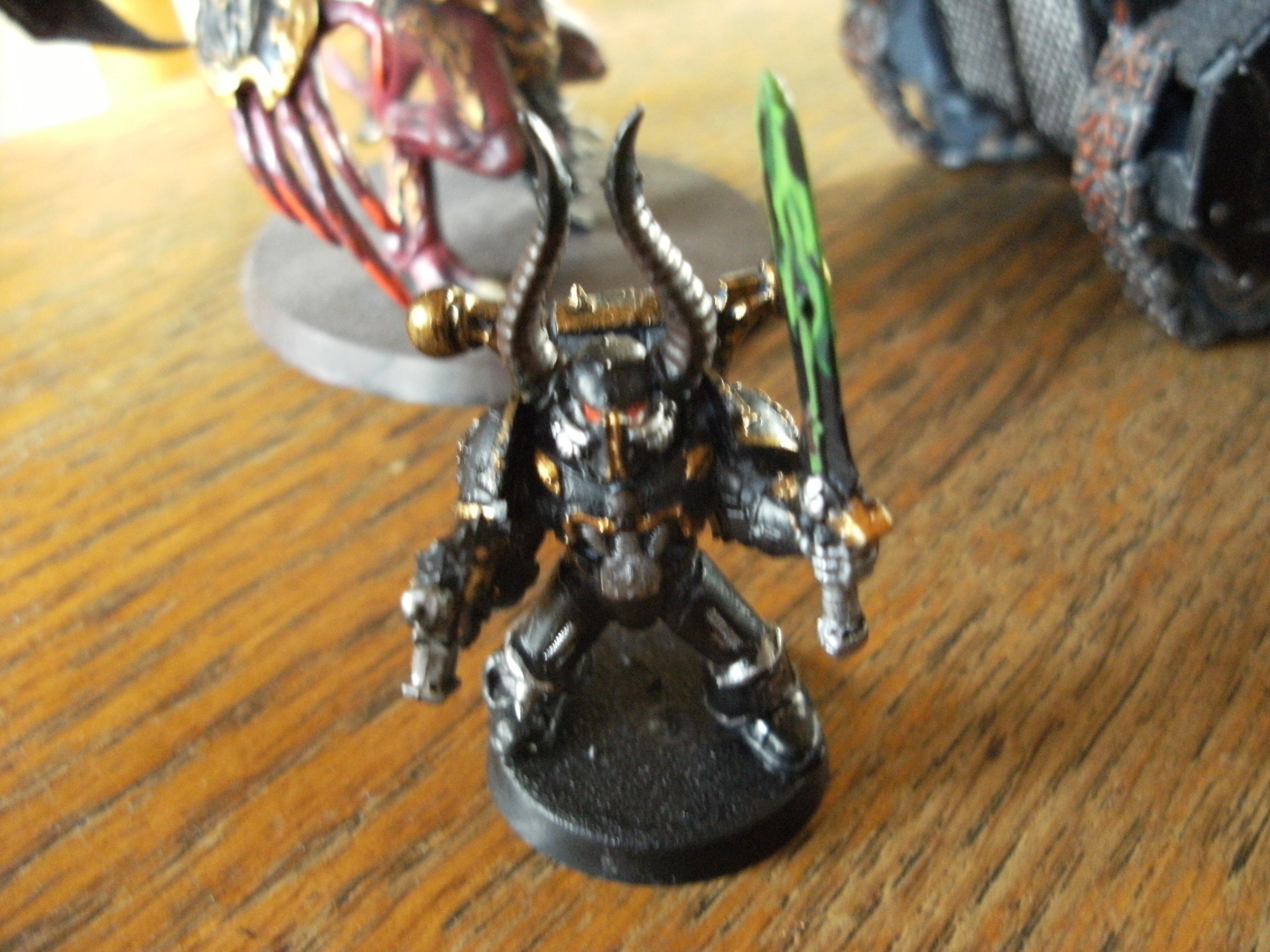 Chaos Marine Chain Sword Gun Bolt, Chaos Space Marines