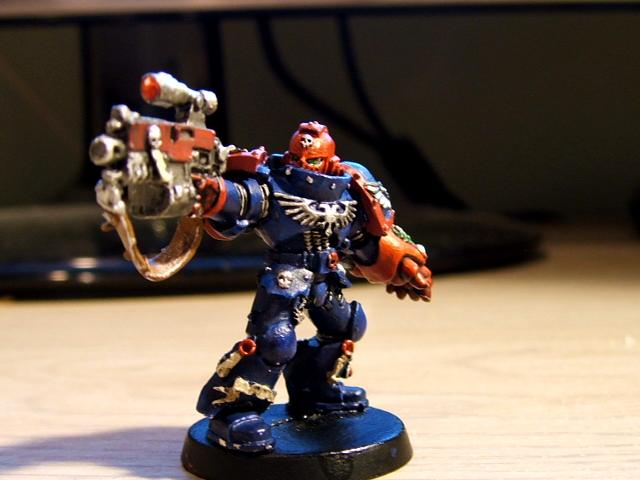Combi-bolter, Crimson Fists, Sergeant, Space Marines, Sternguard