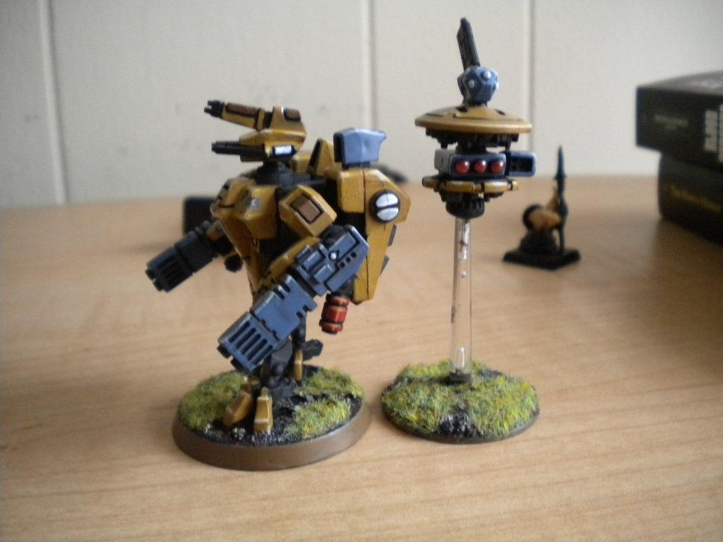 Shield Drone, Tau, Tau Crisis XV-8