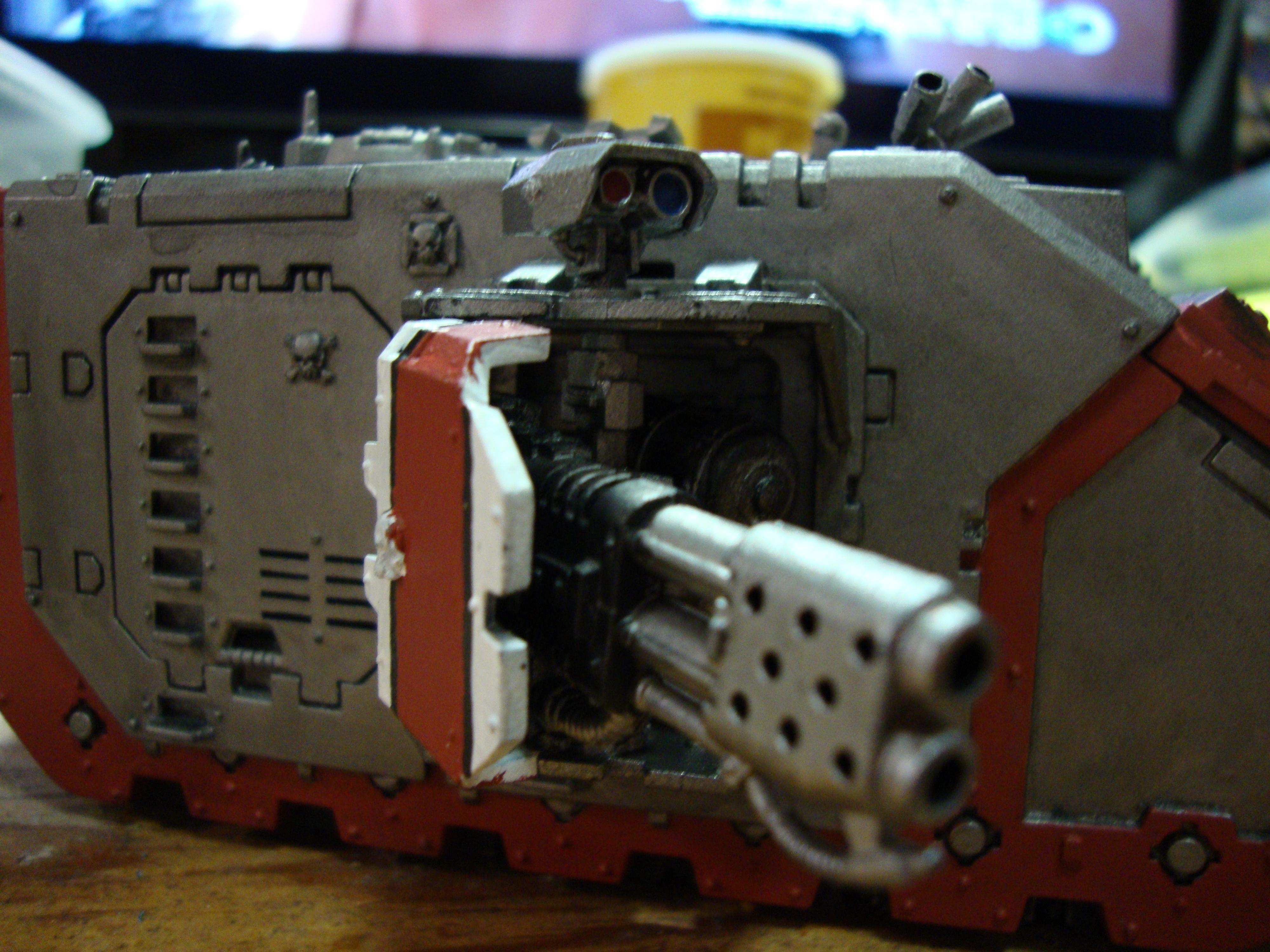 Land Raider Redeemer, Sponson