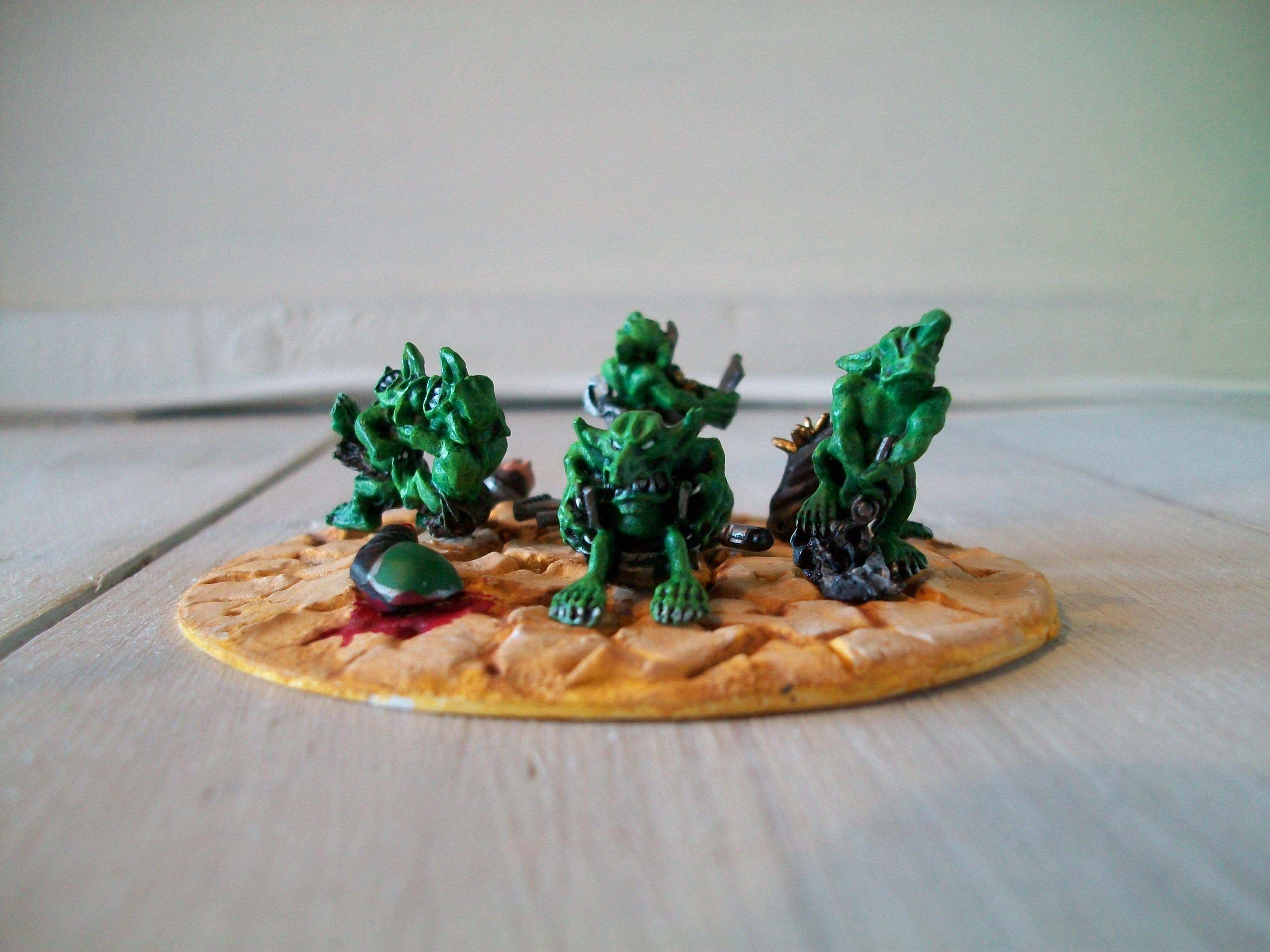 Blood, Dark Angels, Desert, Diorama, Gretchin, Grots, Grotz, Lootin', Looting, Orks, Scavenge, The