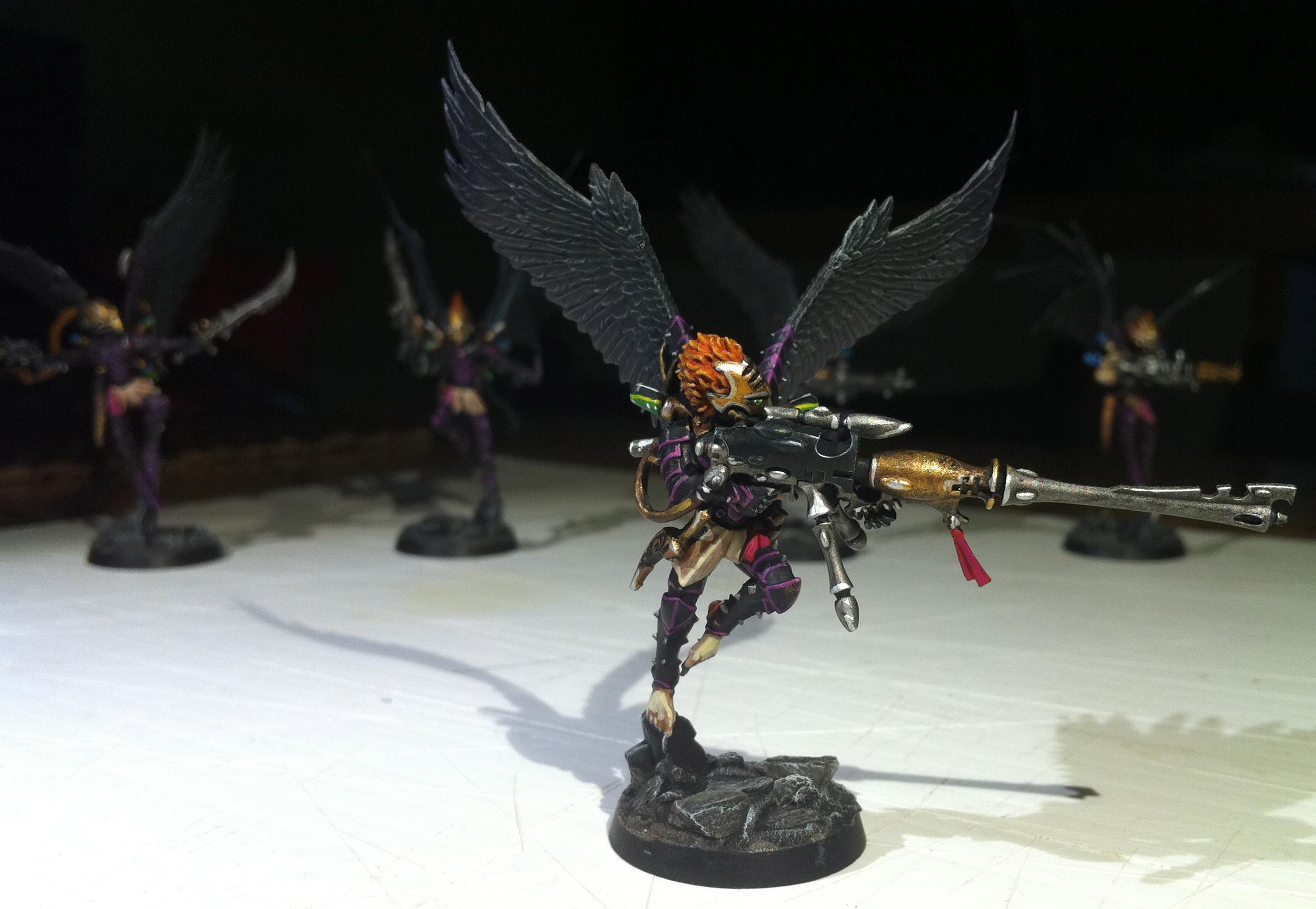 Dark Eldar Scourges, Scourges