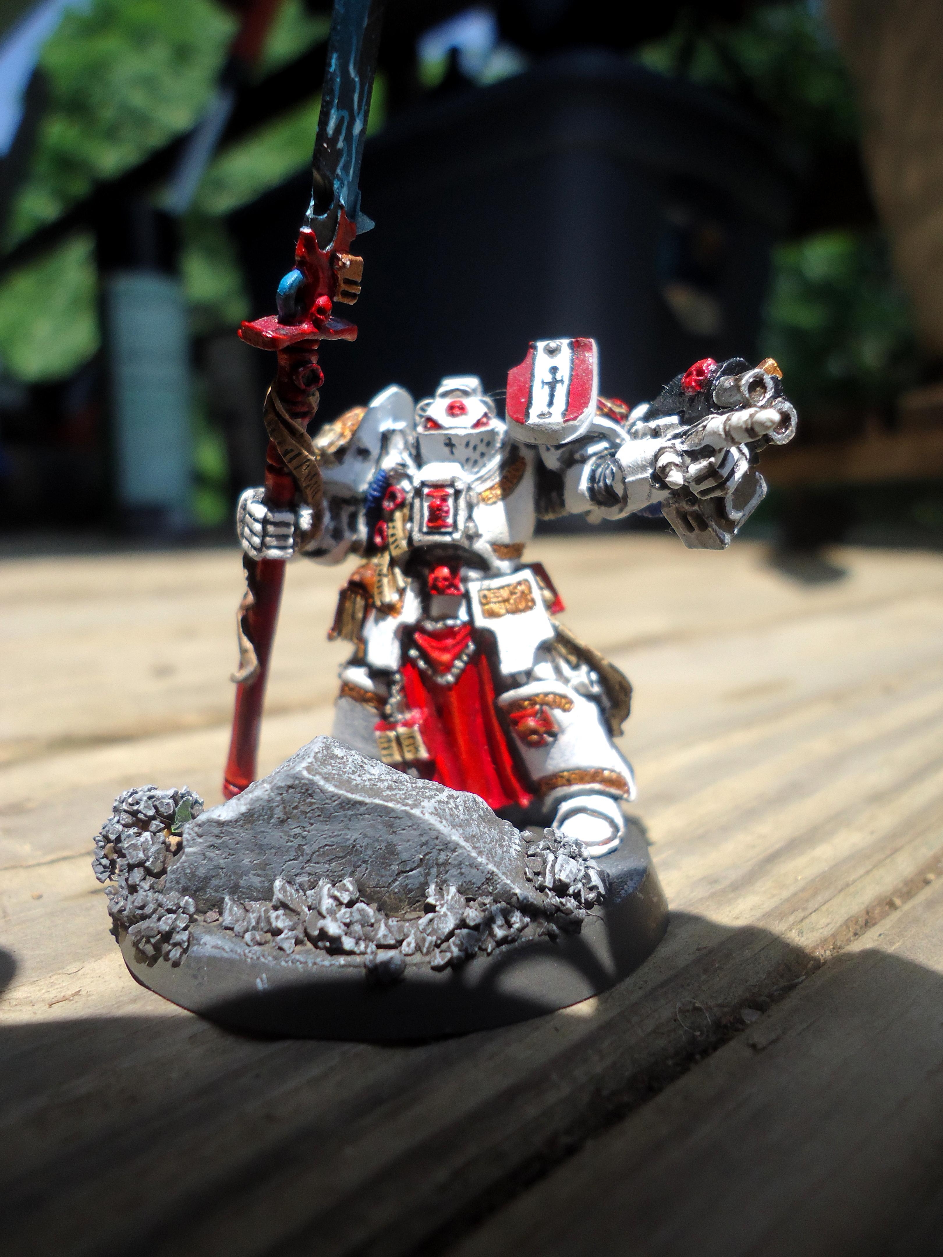 Custom Base, Lightning Weapon, Space Marines, White Power Armor