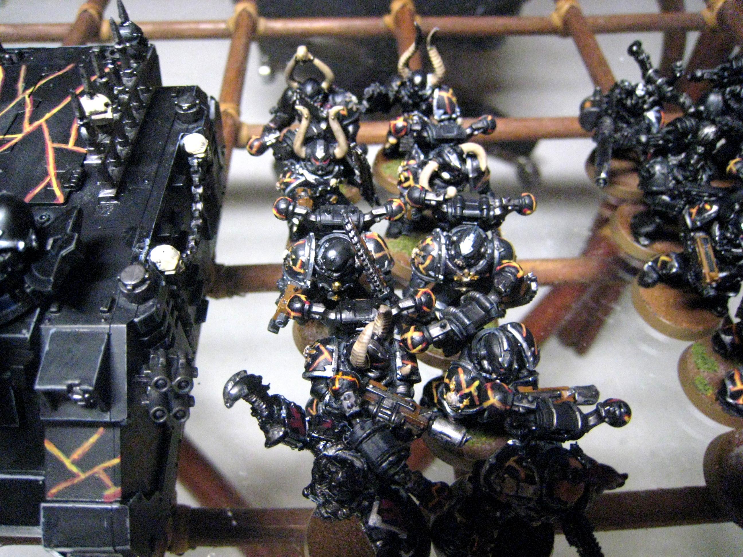 Berzerker, Bolt Pistol, Chaos Space Marines, Hakanor's Reavers, Meltagun, Possessed, Power Sword, Skull Champion