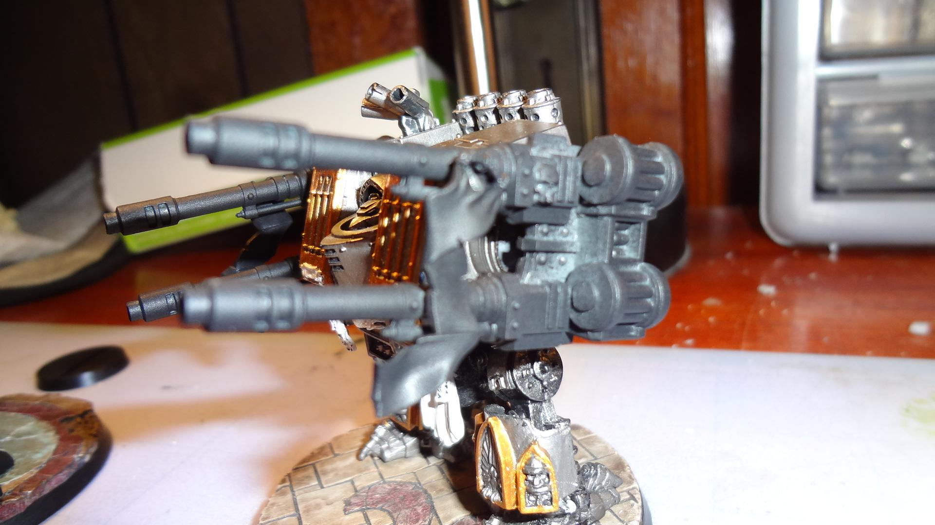Despite how the pics may look, all TL AC arms are primed black. STILL haven't found a light-source that works well