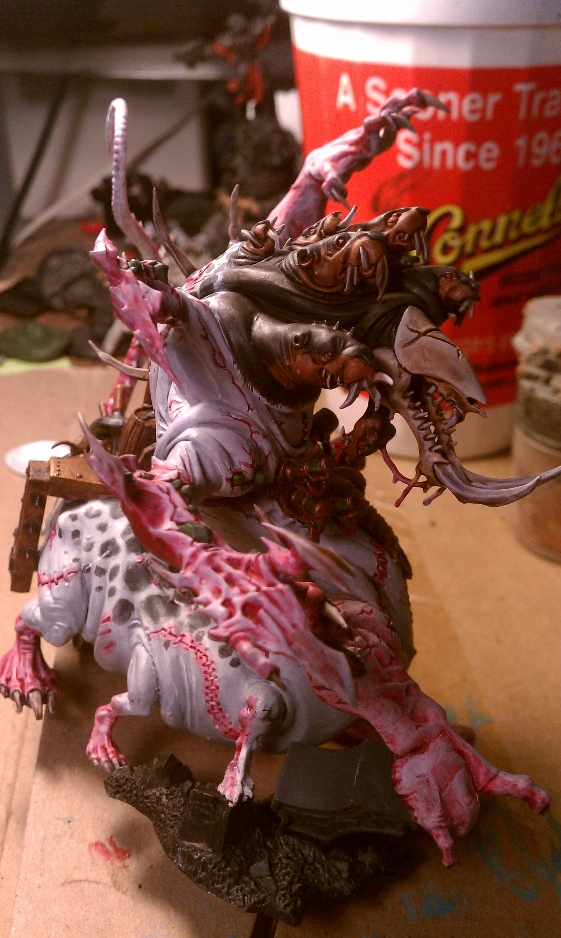 Abomination, Skaven, Skaven off his base