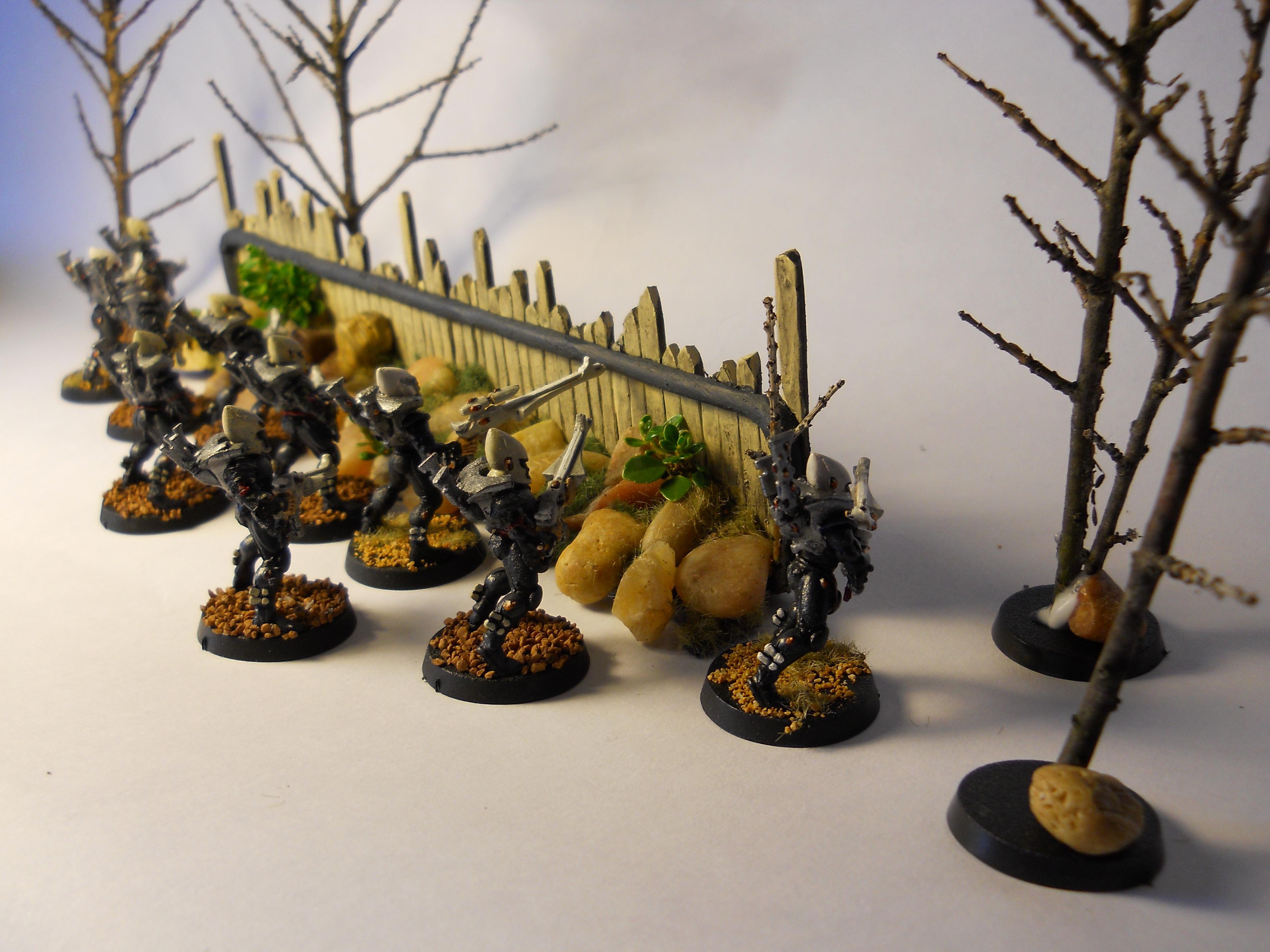 Sprue, Terrain, Sprue fence w Guardians