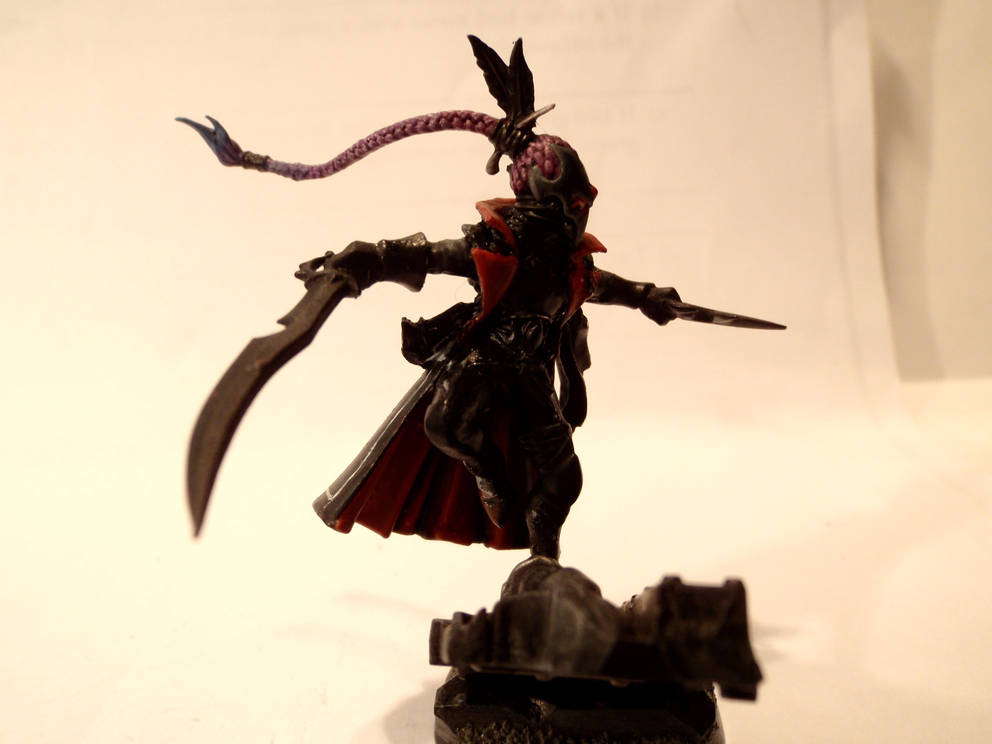 Dark Eldar, Eldar, Harlequins