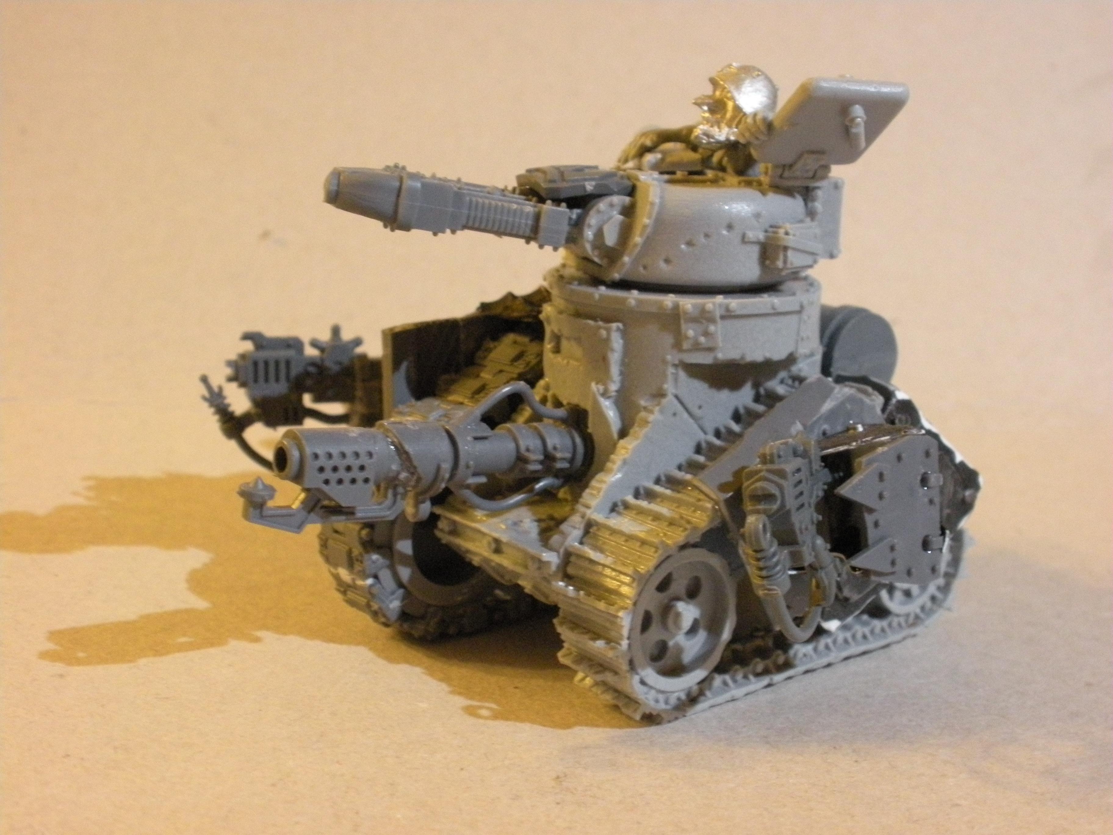 Grot Tank, Grots