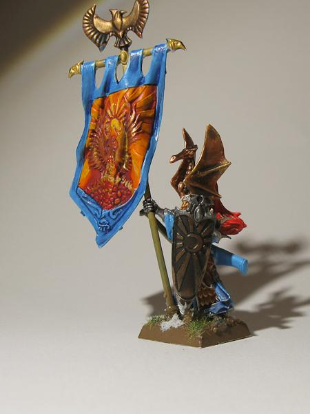 High Elves, Standard Bearer