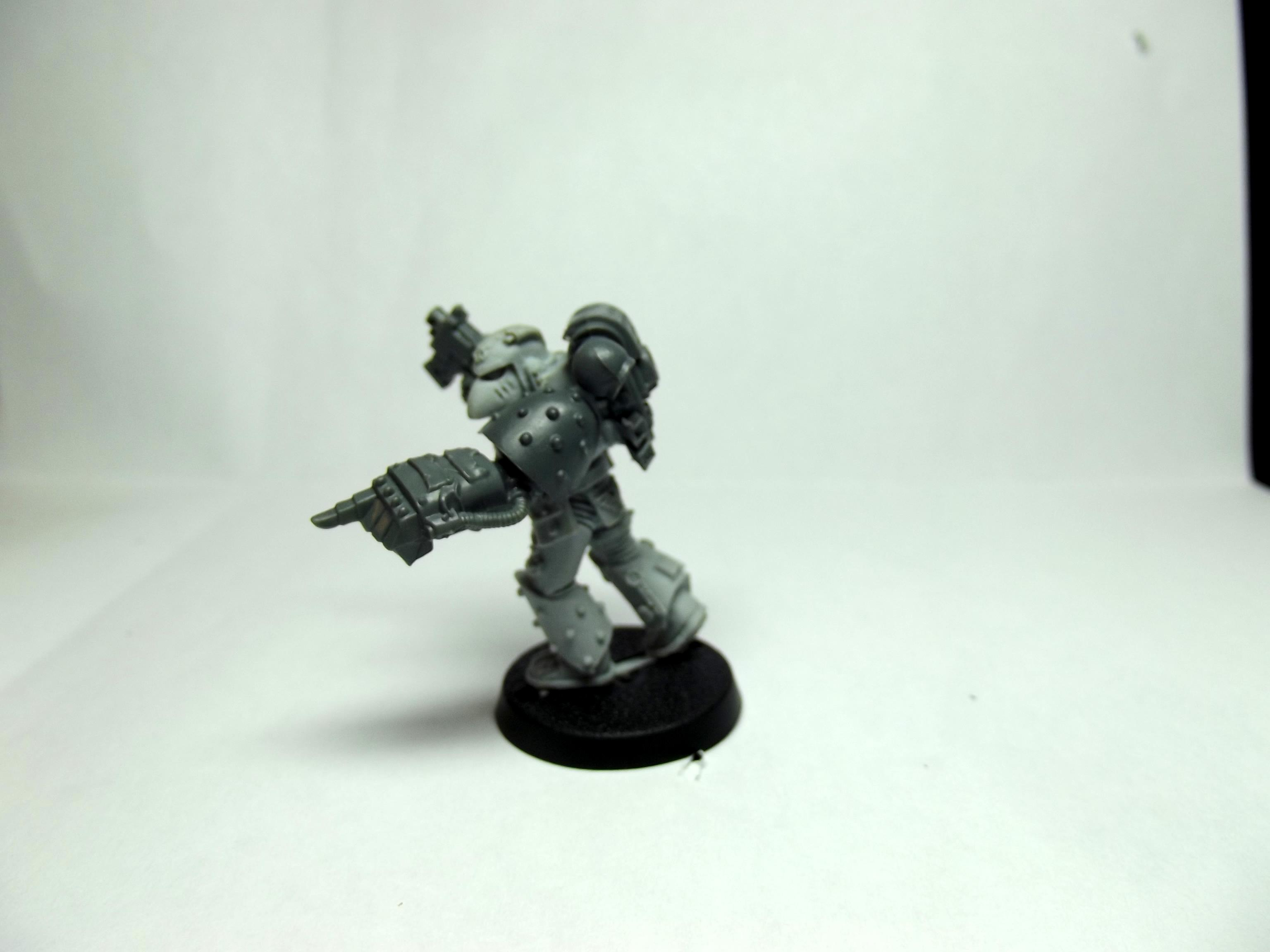 Apothecary, Same model with power fist