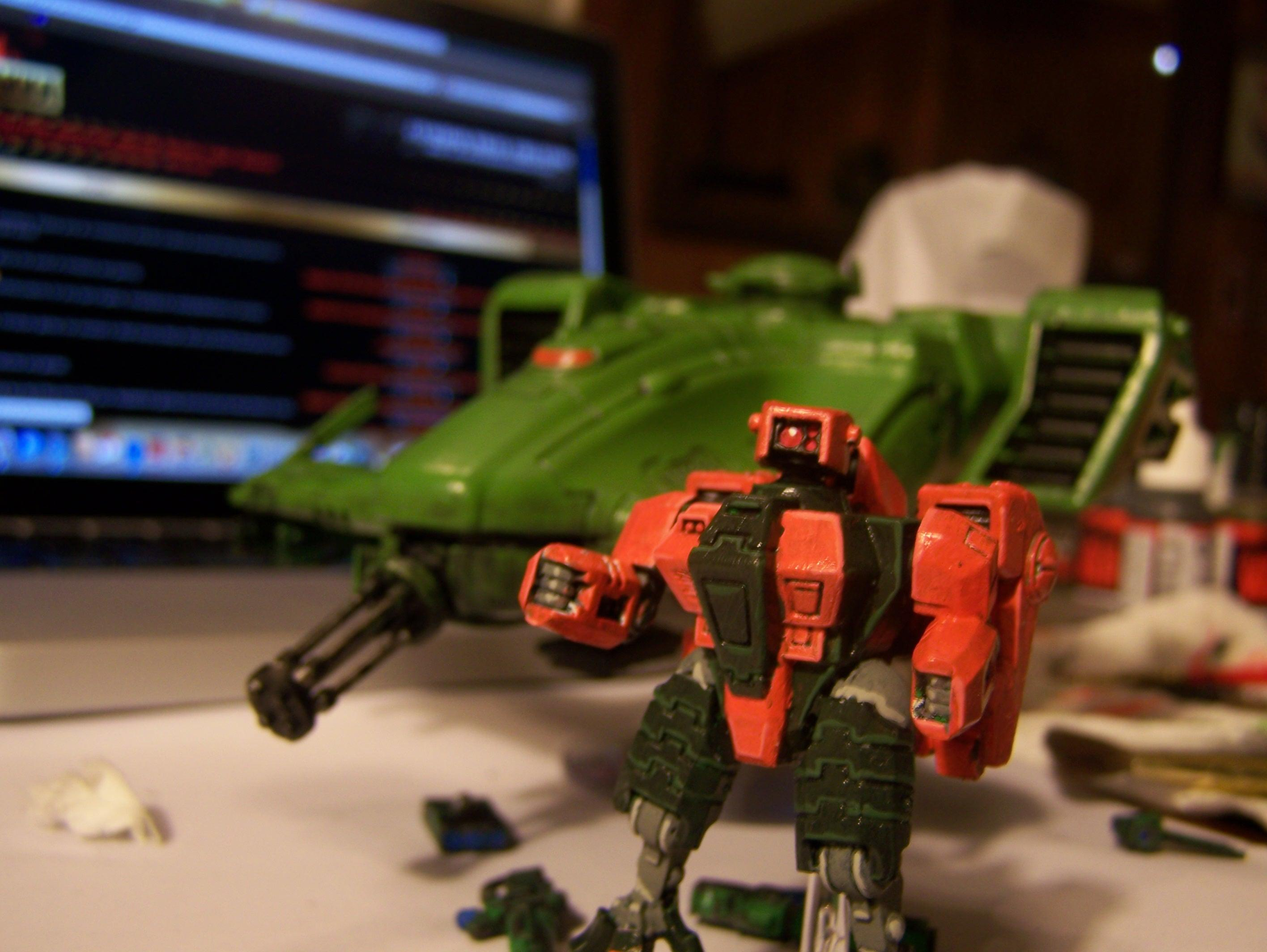 So we got my Devilfish painted like a Zeon Musai space cruiser!