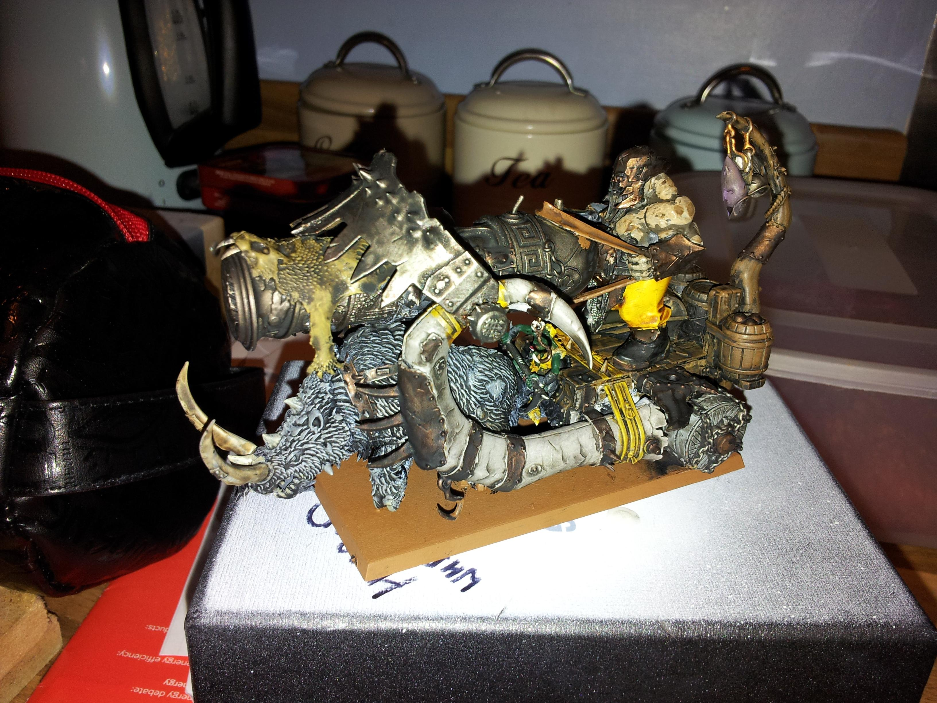 this has been my distraction recently too... last thing for my ogre army. but im off to warhammer world this month so wanted it finished... just need to base it