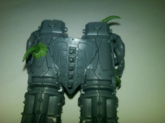 Top of the Hades Autocannons. THe item in between them is the head from a Bloodcrusher.