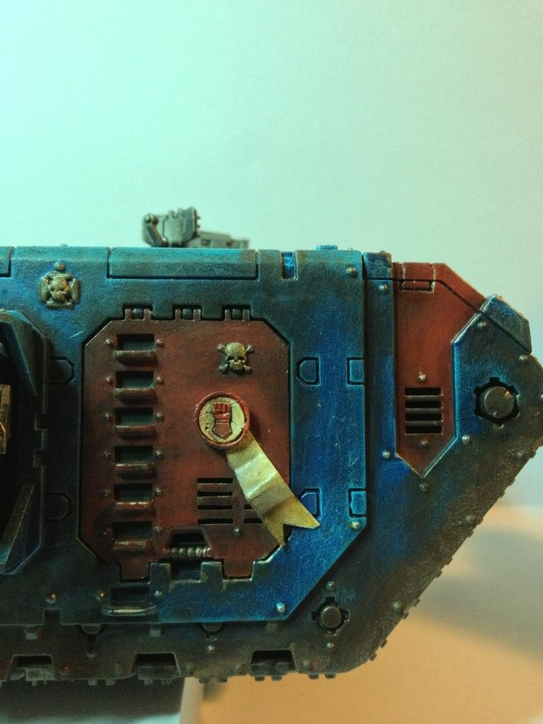 Crimson Fists, Land Raider