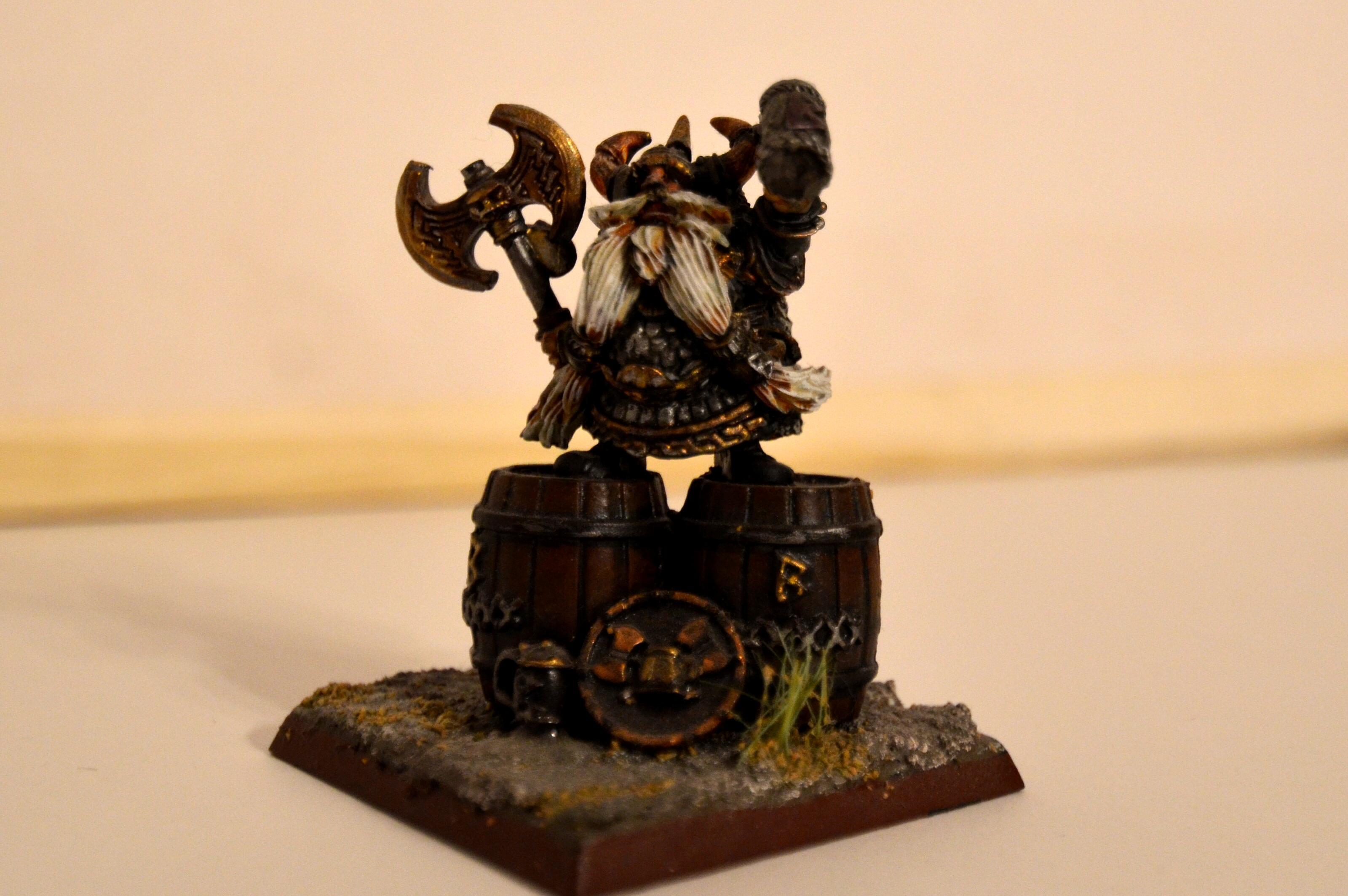 Bugman, Bugmann, Dwarves, Warhammer Fantasy