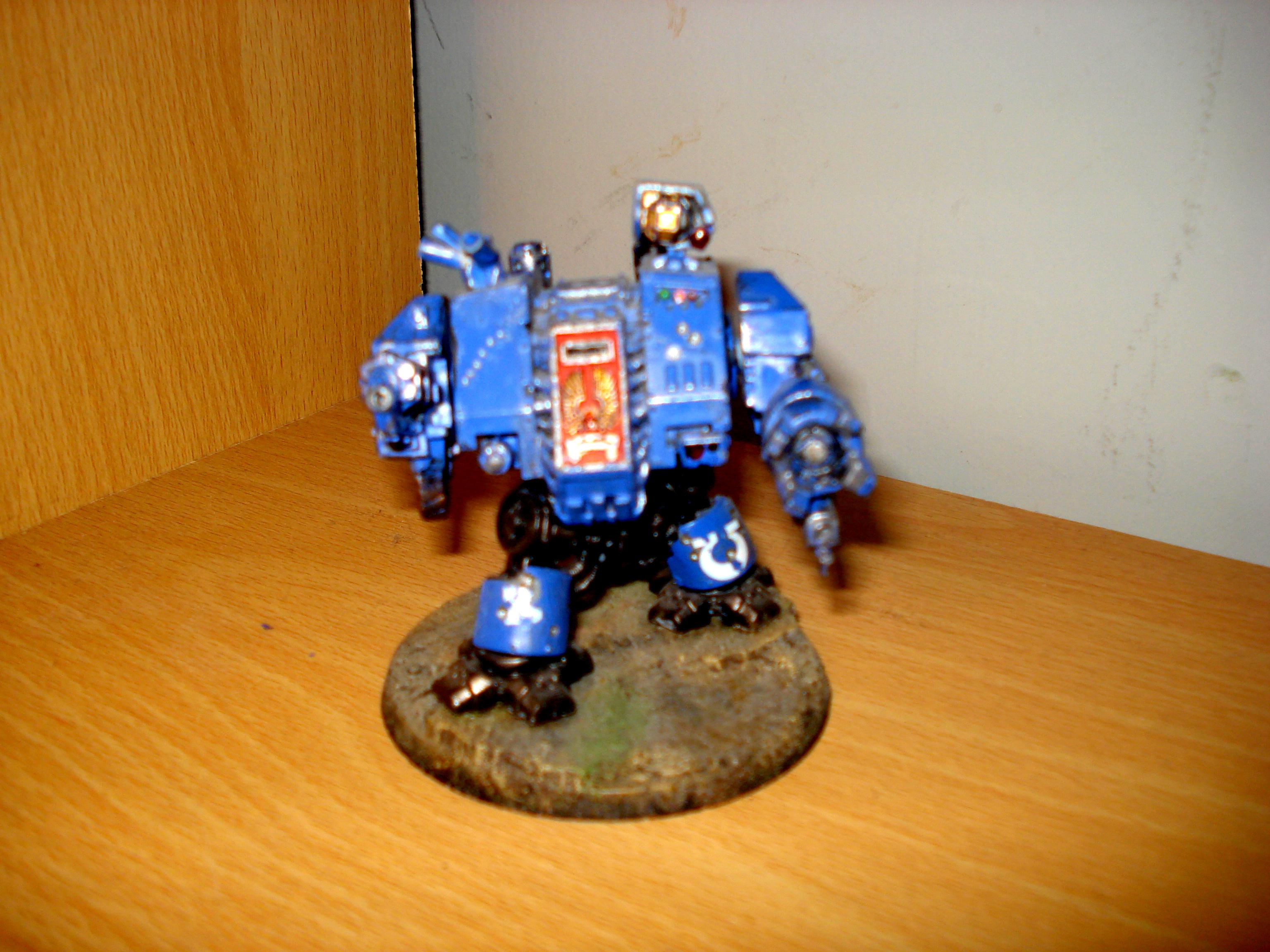 Space Marine Ultramarine Dreadnought