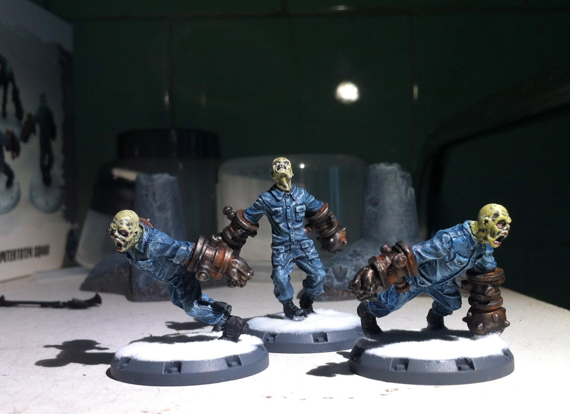 Axis, Dust Tactics, Zombie