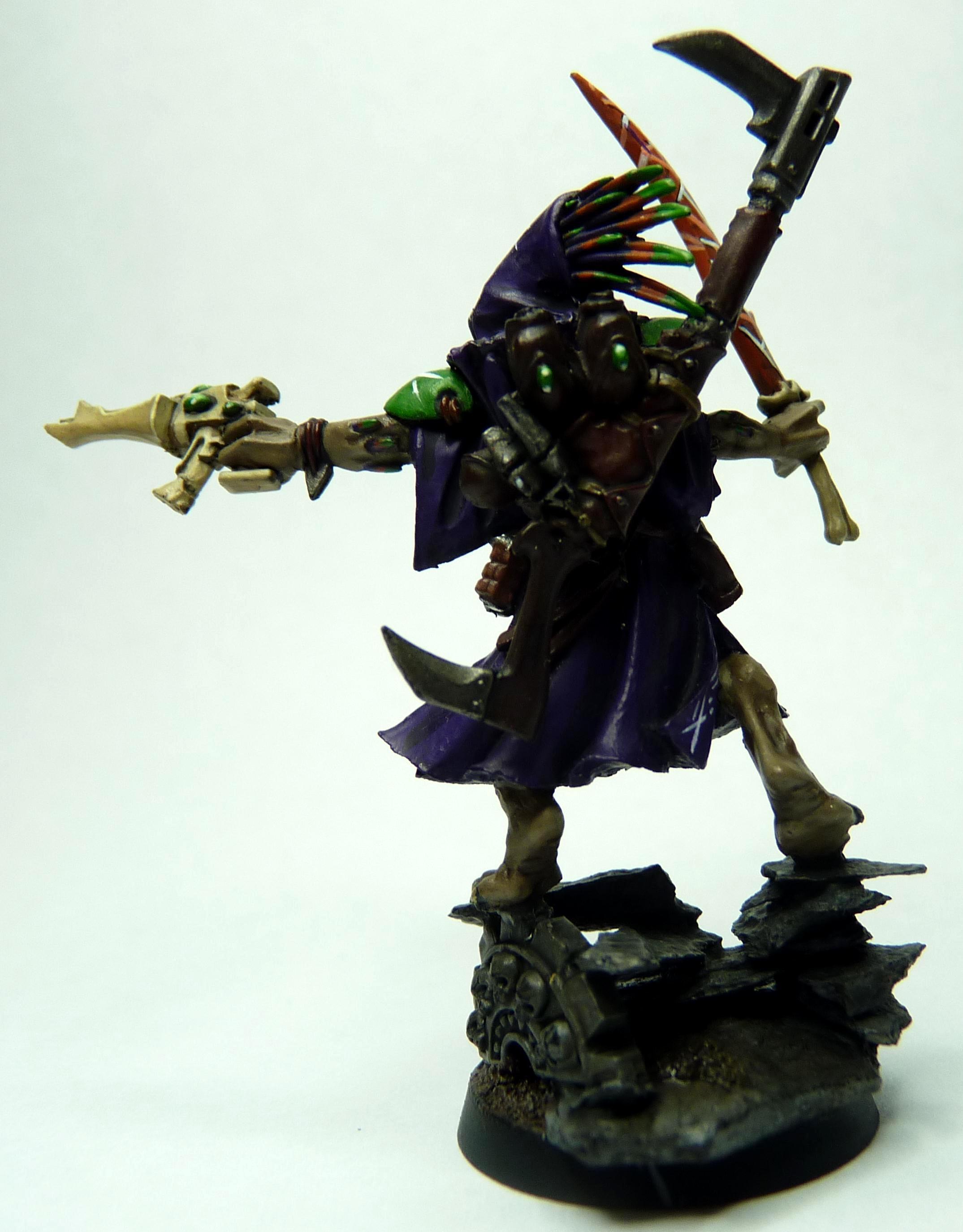 Kroot shaman/shaper