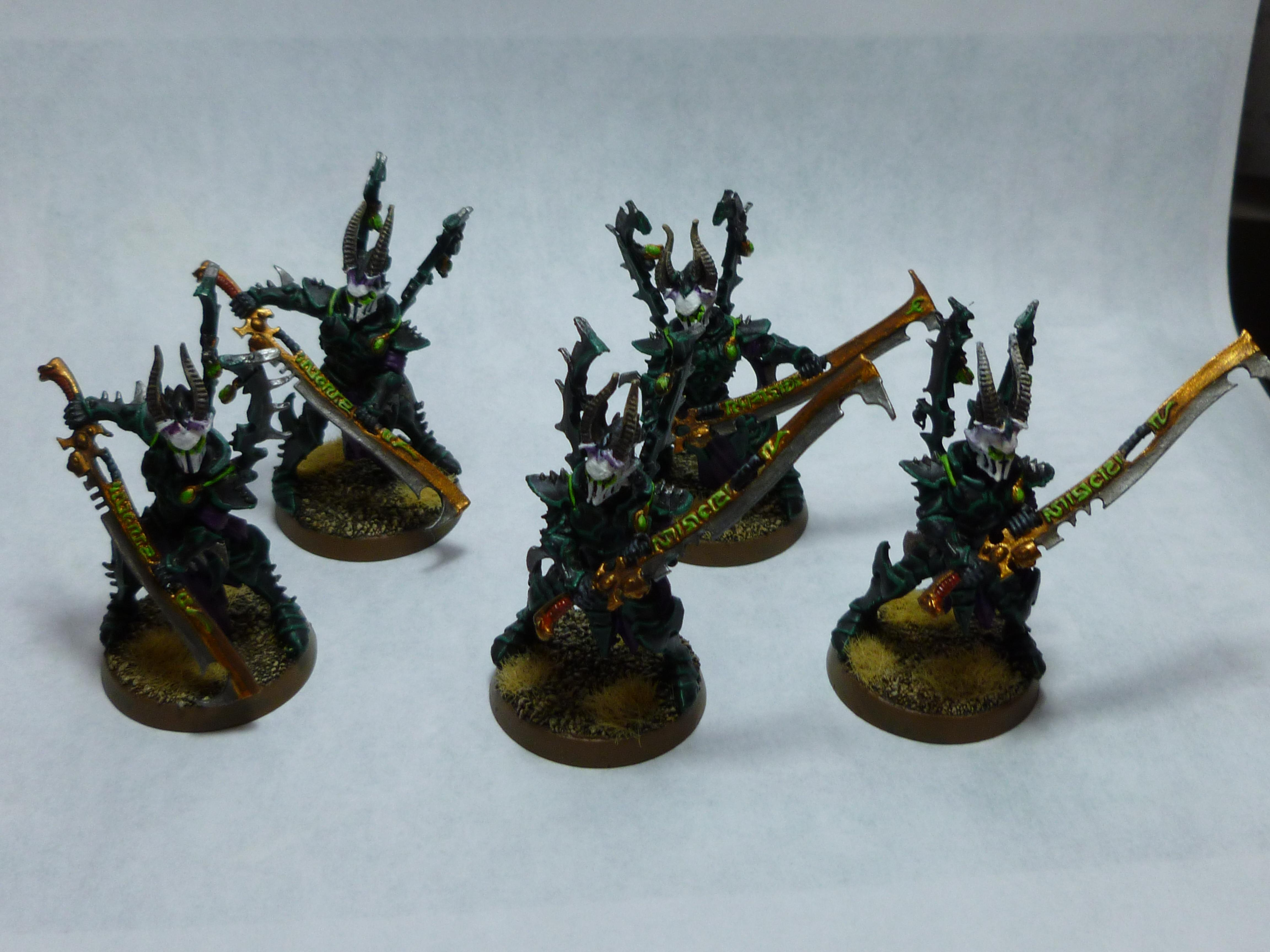 Archons Court, Black And White, Dark Eldar, Incubi